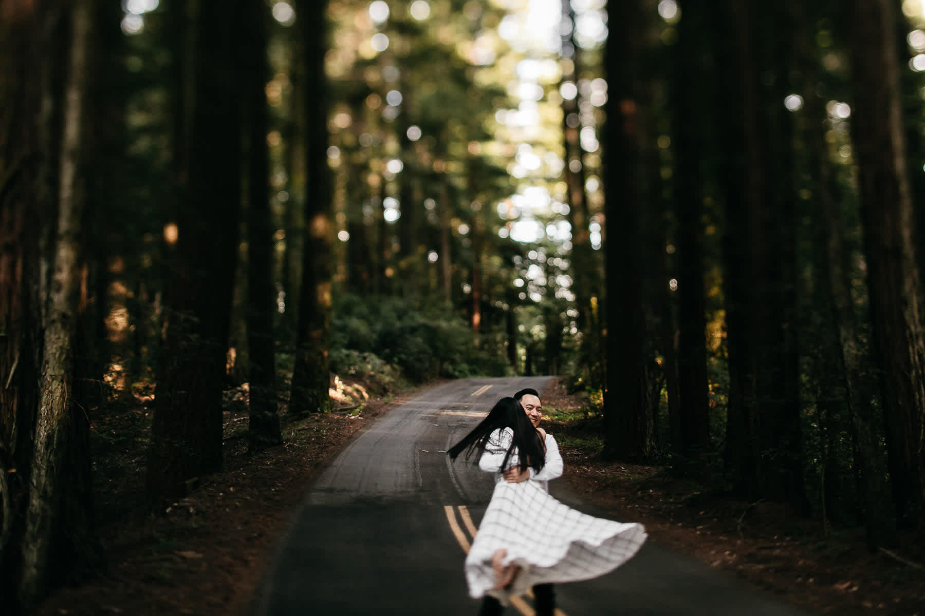 stinson-beach-muir-woods-sf-fun-quirky-engagement-session-14