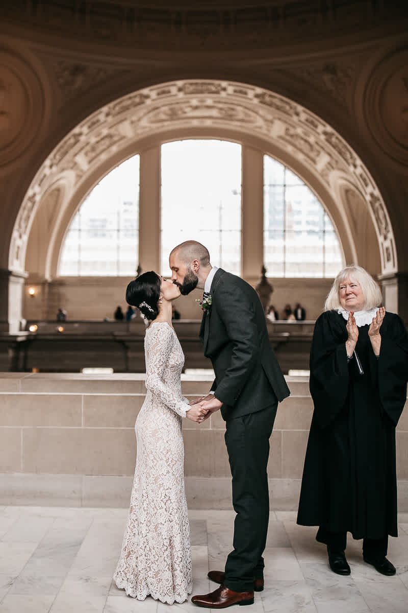 rainy-san-francisco-city-hall-presidio-elopement-34