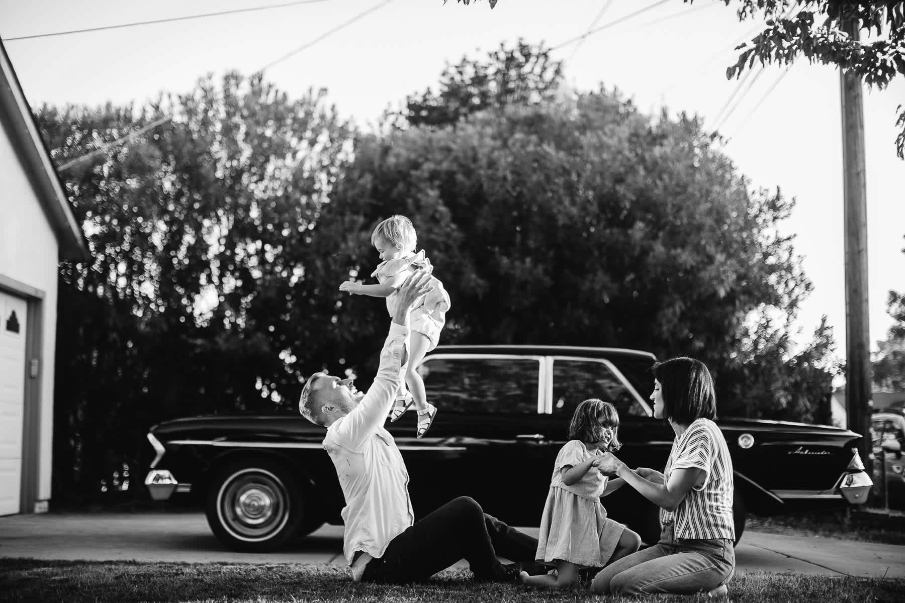 lime-ridge-concord-mustard-flower-vintage-car-lifestyle-family-session-7