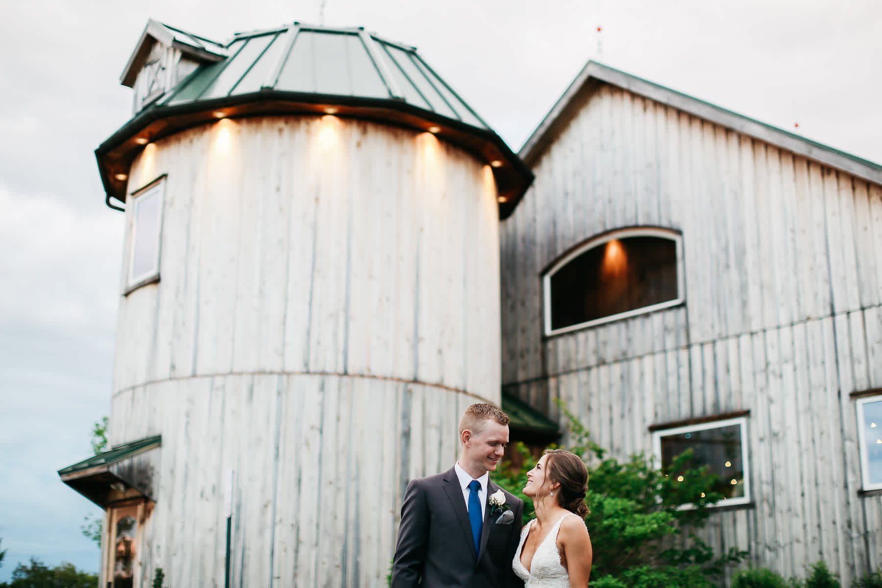 Pennsylvania-Newton-Rosebank-winery-spring-lifestyle-wedding-172