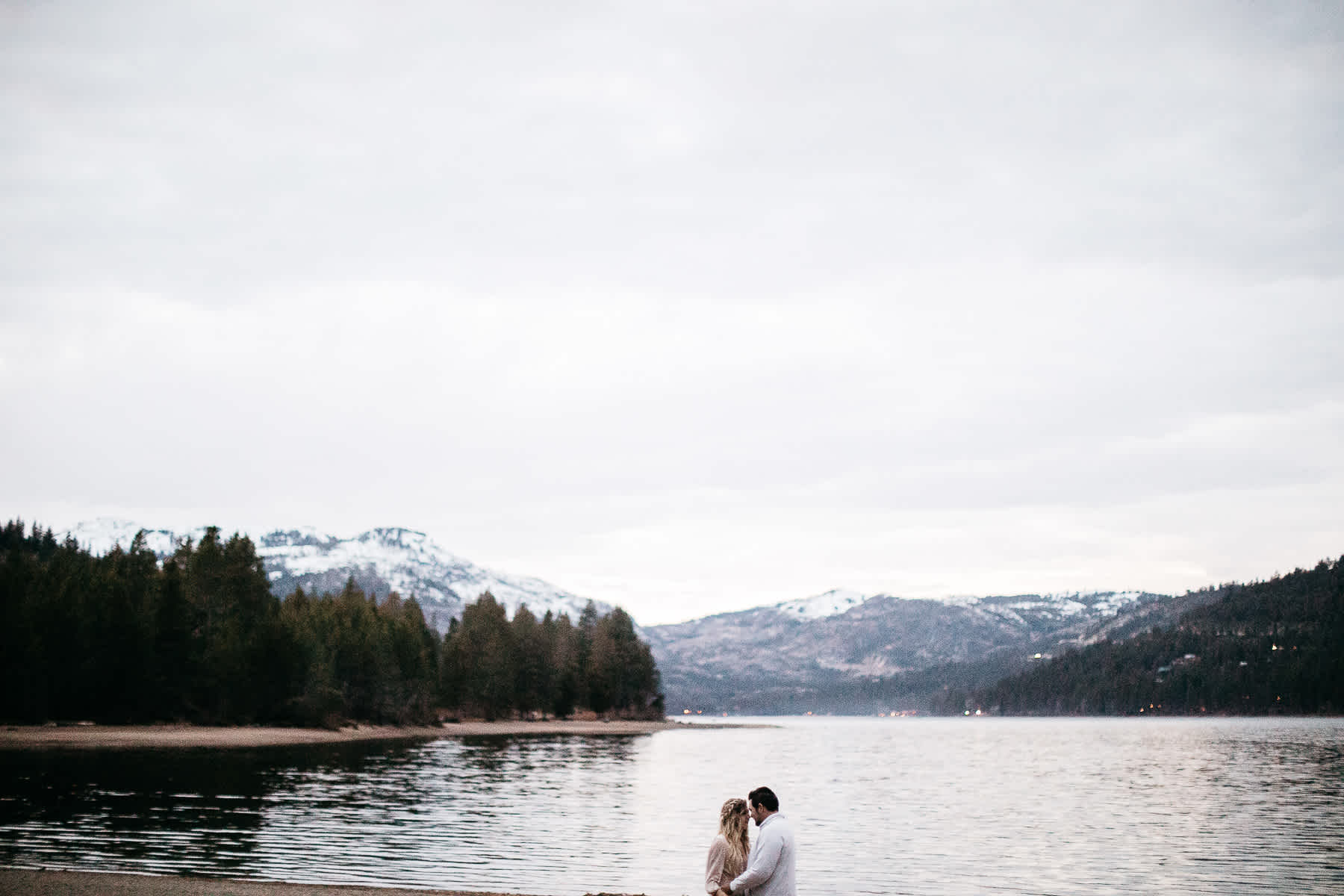 donner-lake-tahoe-national-forest-fall-engagement-session-57