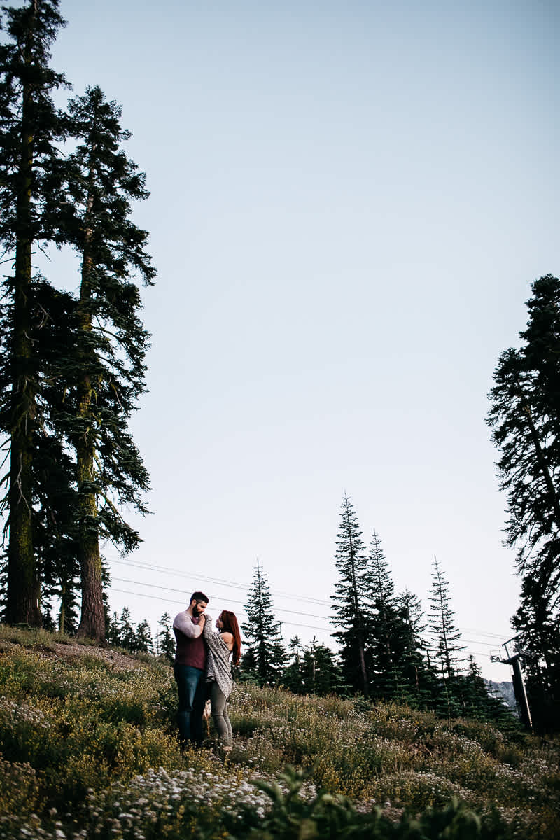 lake-tahoe-forest-donner-sunset-couple-session-30