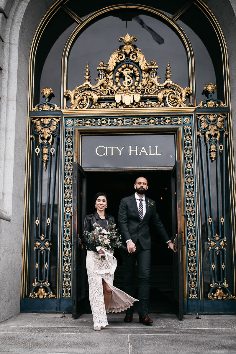 rainy-san-francisco-city-hall-presidio-elopement-49