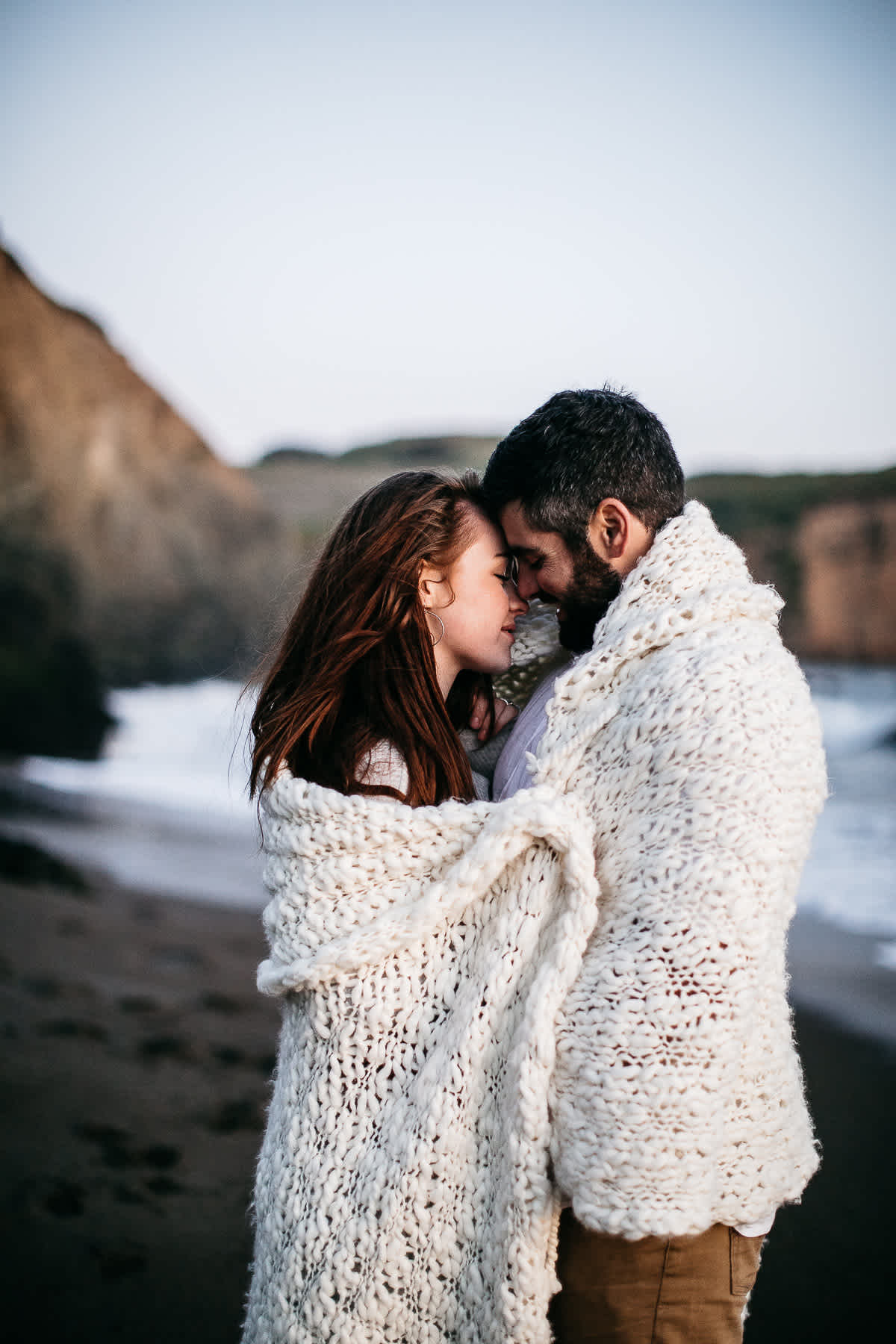 marin-headlands-rodeo-beach-lifestyle-laughter-engagement-session-76