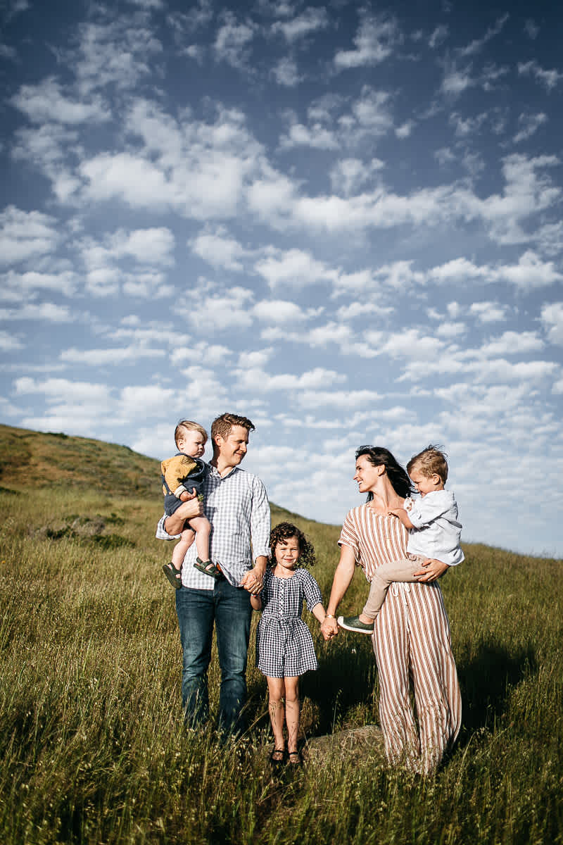 rodeo-beach-california-hills-lifestyle-family-session-15