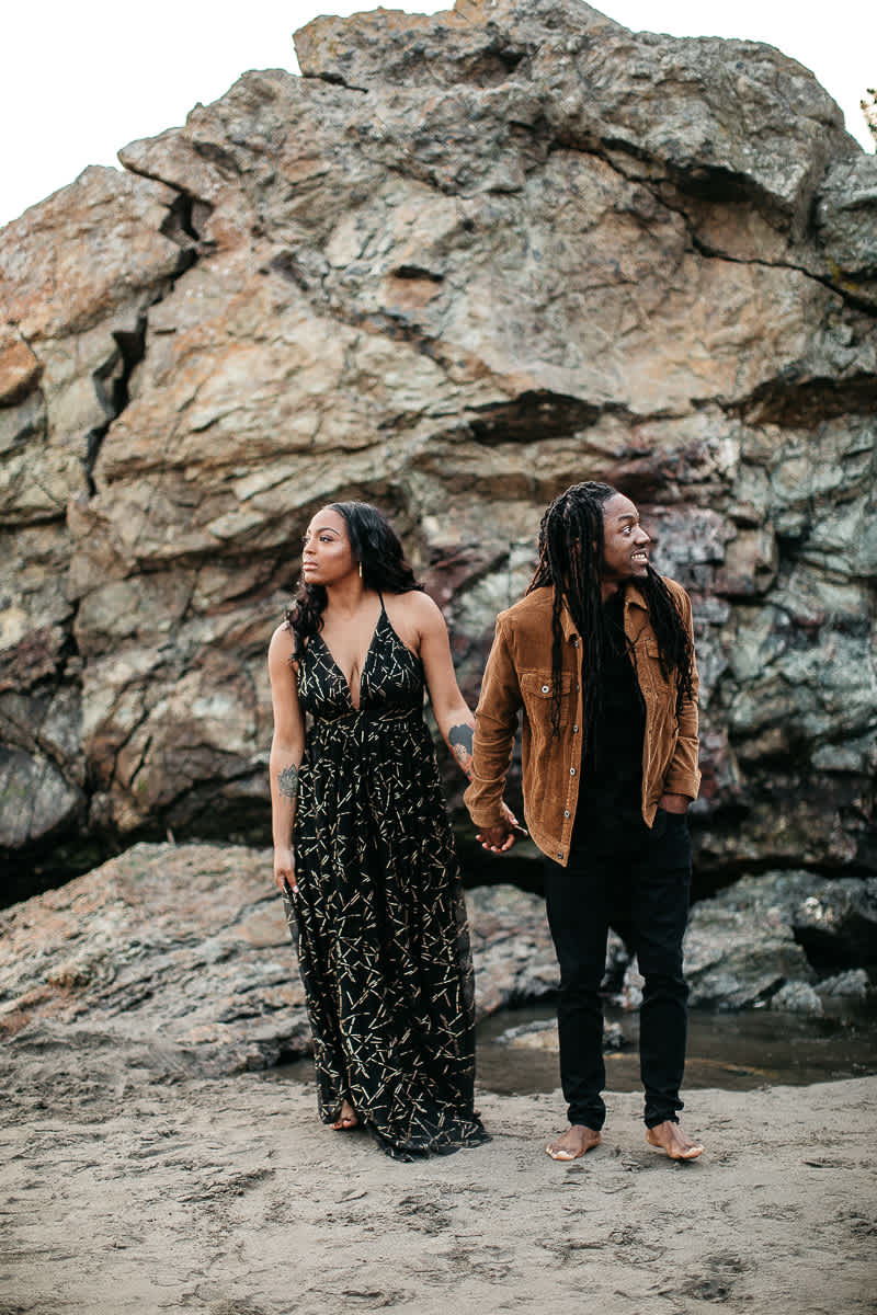 muir-beach-ca-spring-lifestyle-engagement-session-29