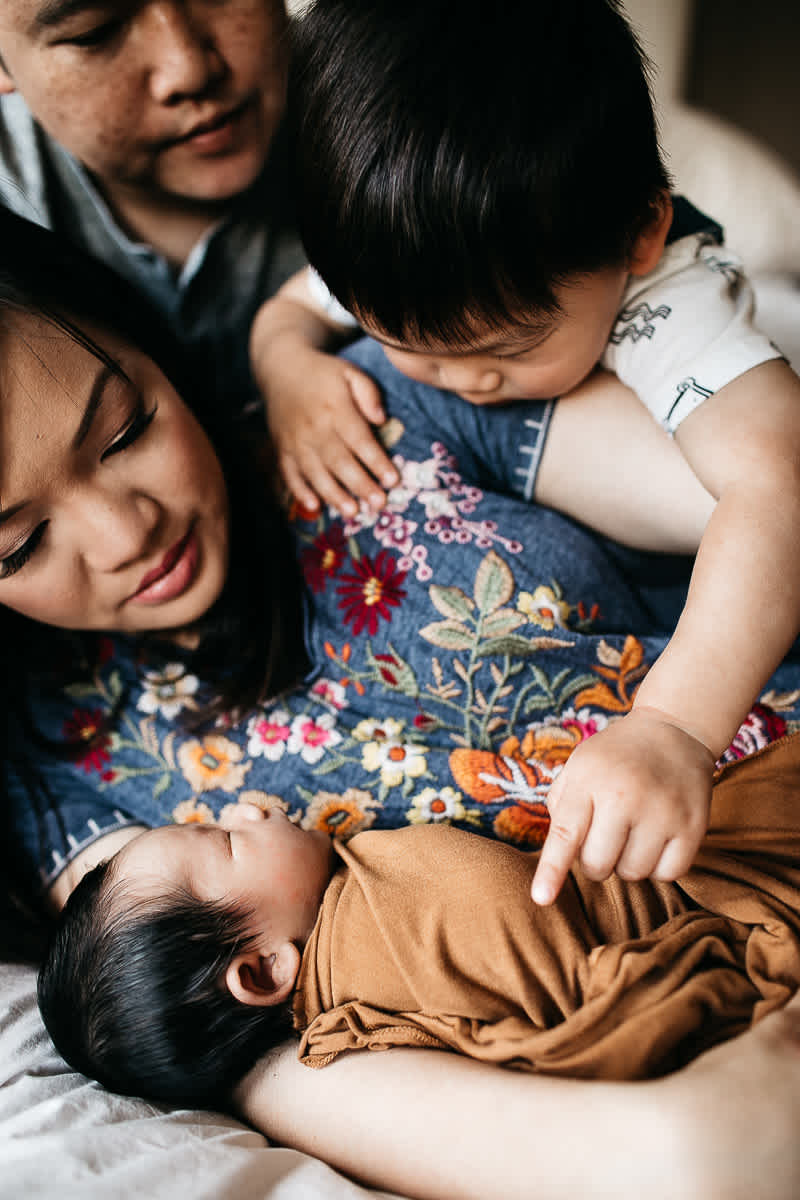 san-jose-family-lifestyle-newborn-rainy-day-shoot-13