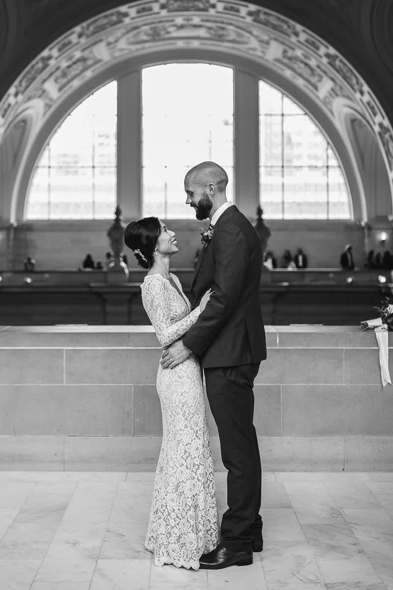 rainy-san-francisco-city-hall-presidio-elopement-35