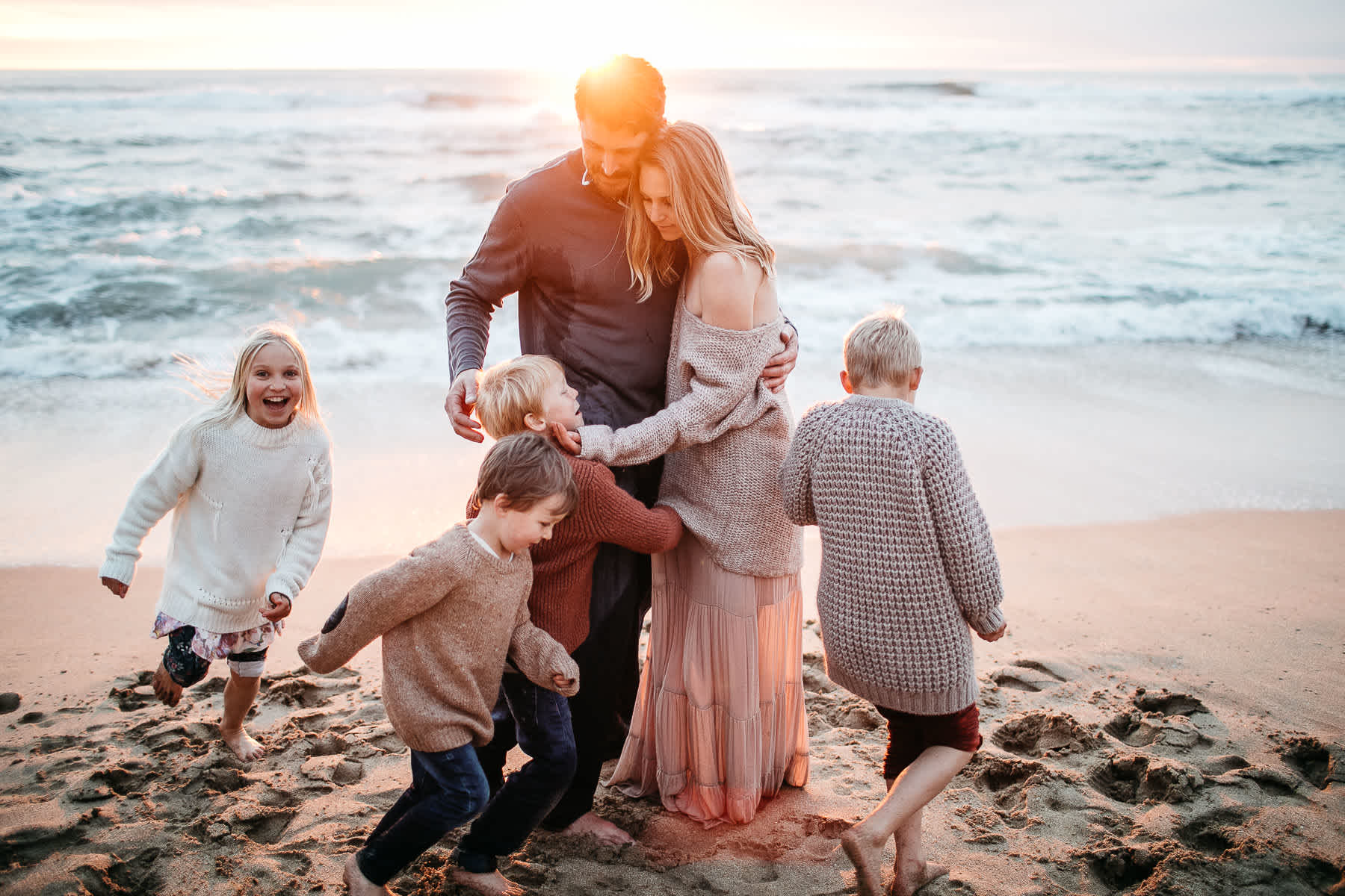 half-moon-bay-ca-sunset-family-lifestyle-session-golden-light-48