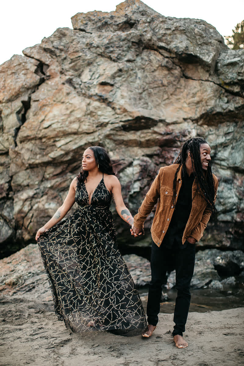 muir-beach-ca-spring-lifestyle-engagement-session-28