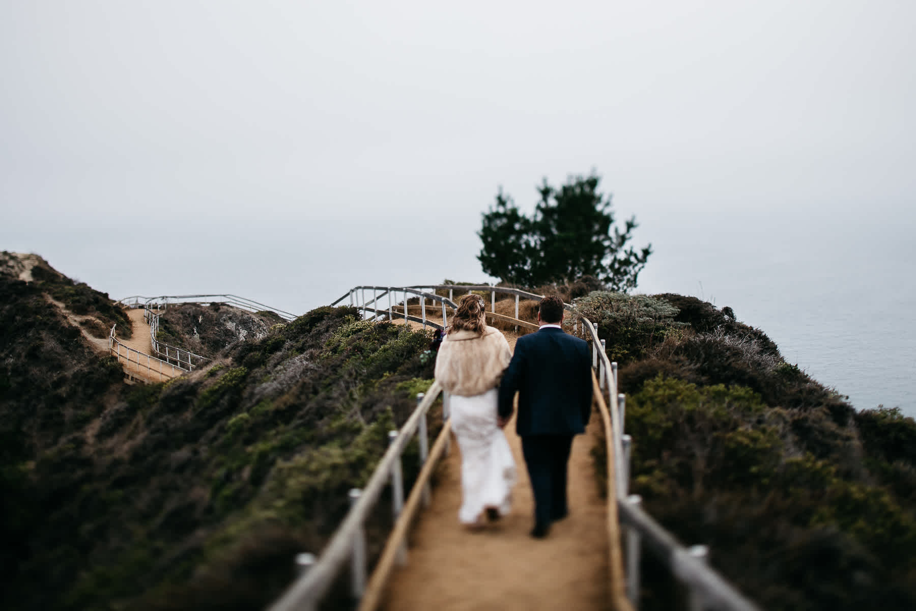 muir-beach-pelican-inn-foggy-wedding-69