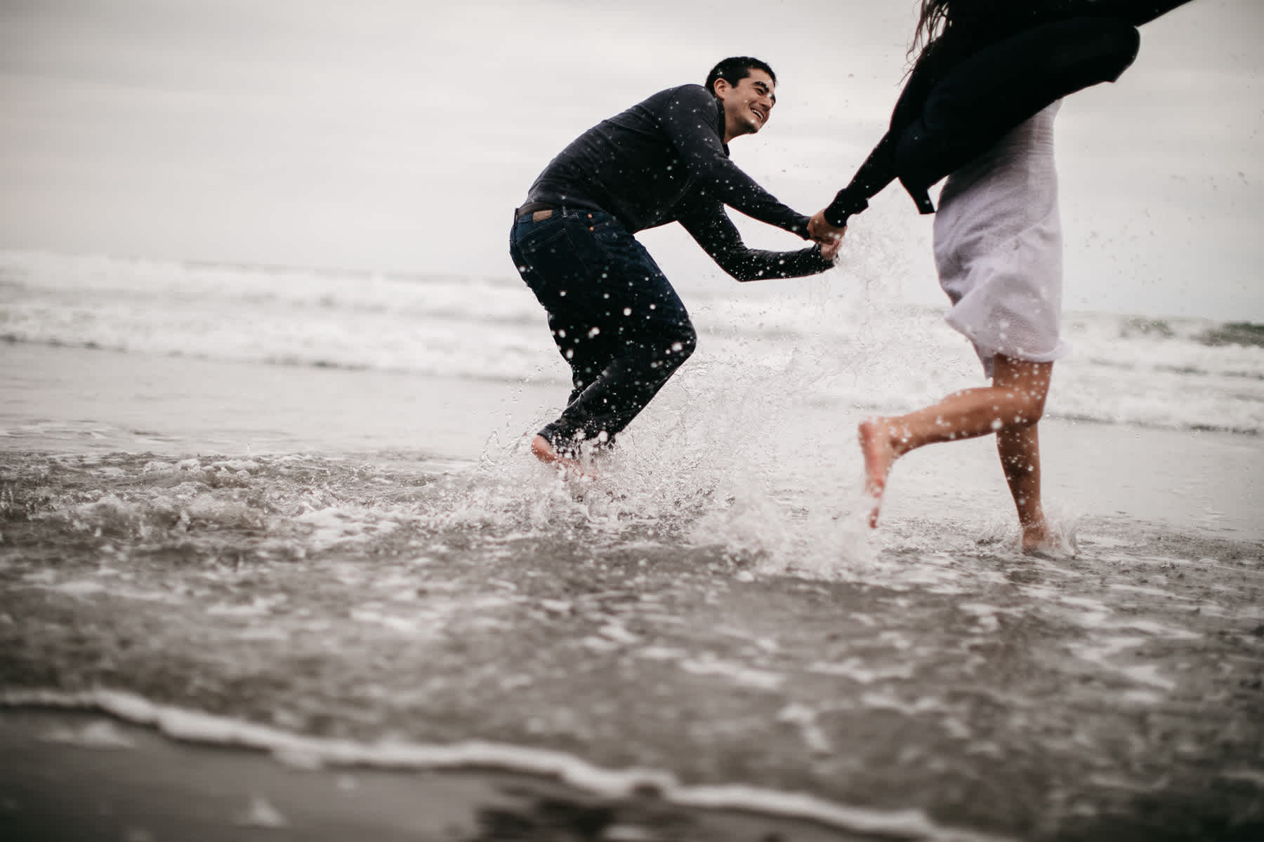fort-funston-foggy-fun-beach-water-engagement-session-77