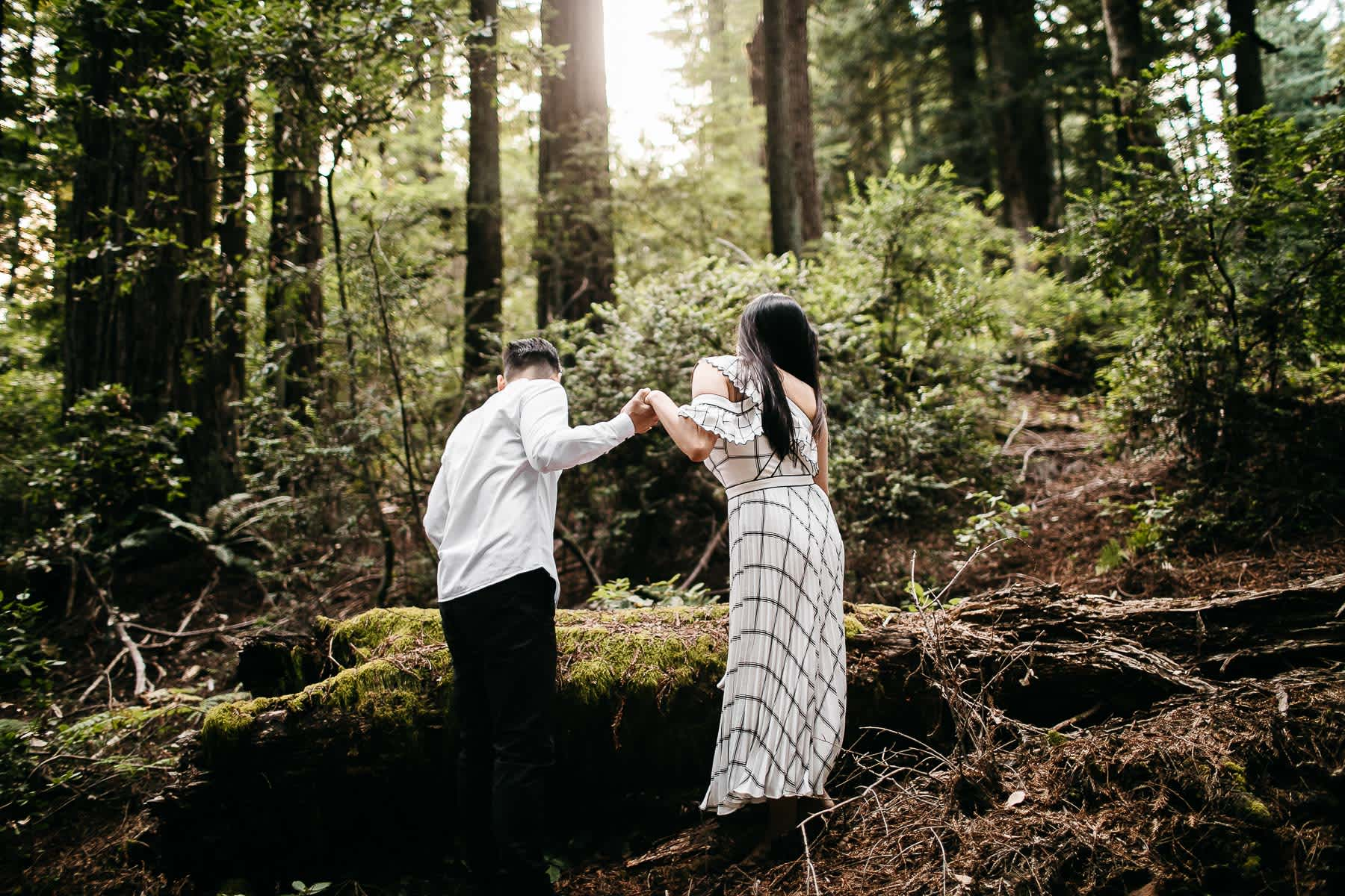 stinson-beach-muir-woods-sf-fun-quirky-engagement-session-5