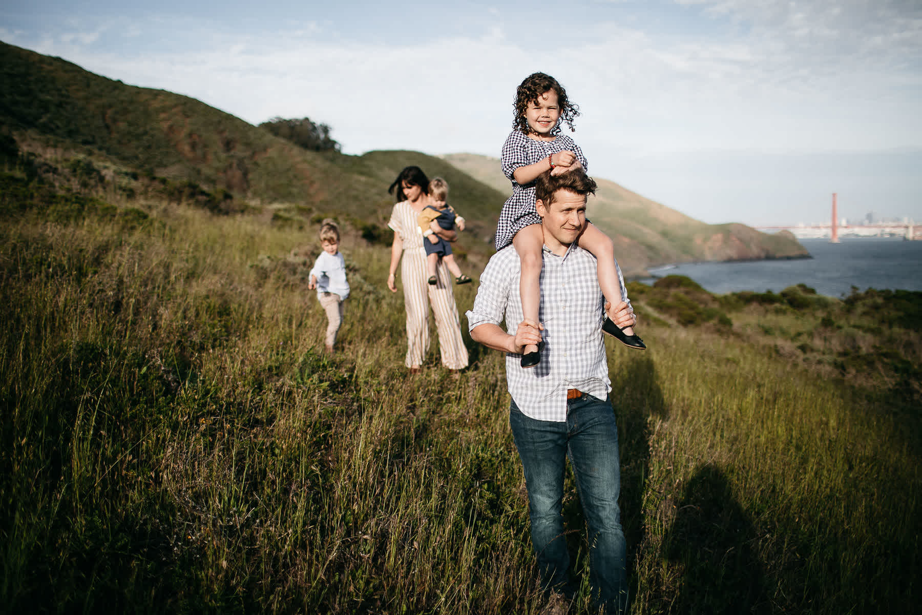 rodeo-beach-california-hills-lifestyle-family-session-7