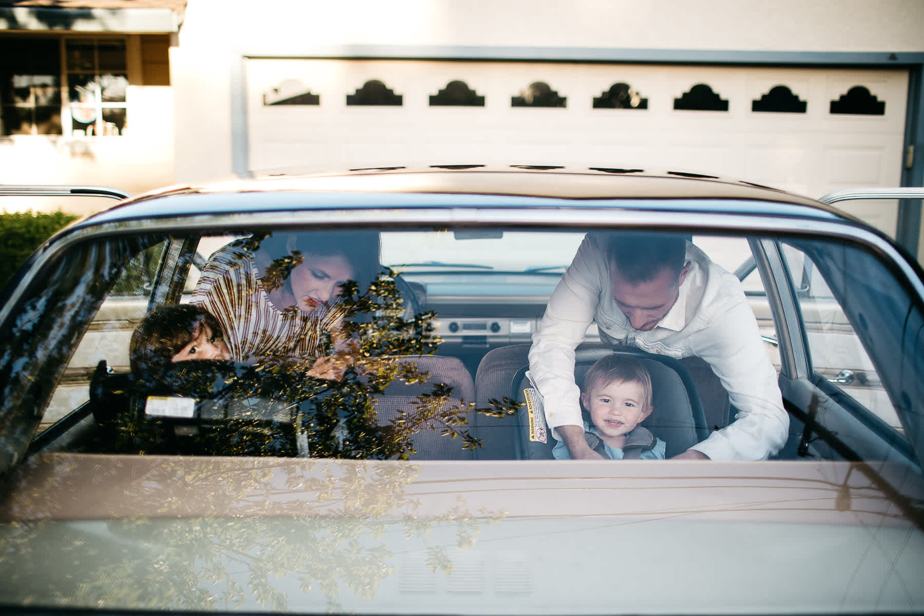 lime-ridge-concord-mustard-flower-vintage-car-lifestyle-family-session-15