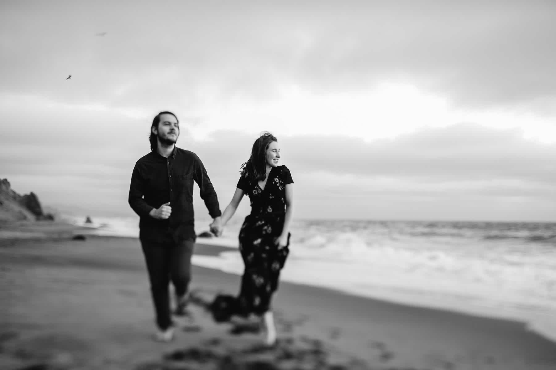san-francisco-cloudy-outer-sunset-couple-session-44