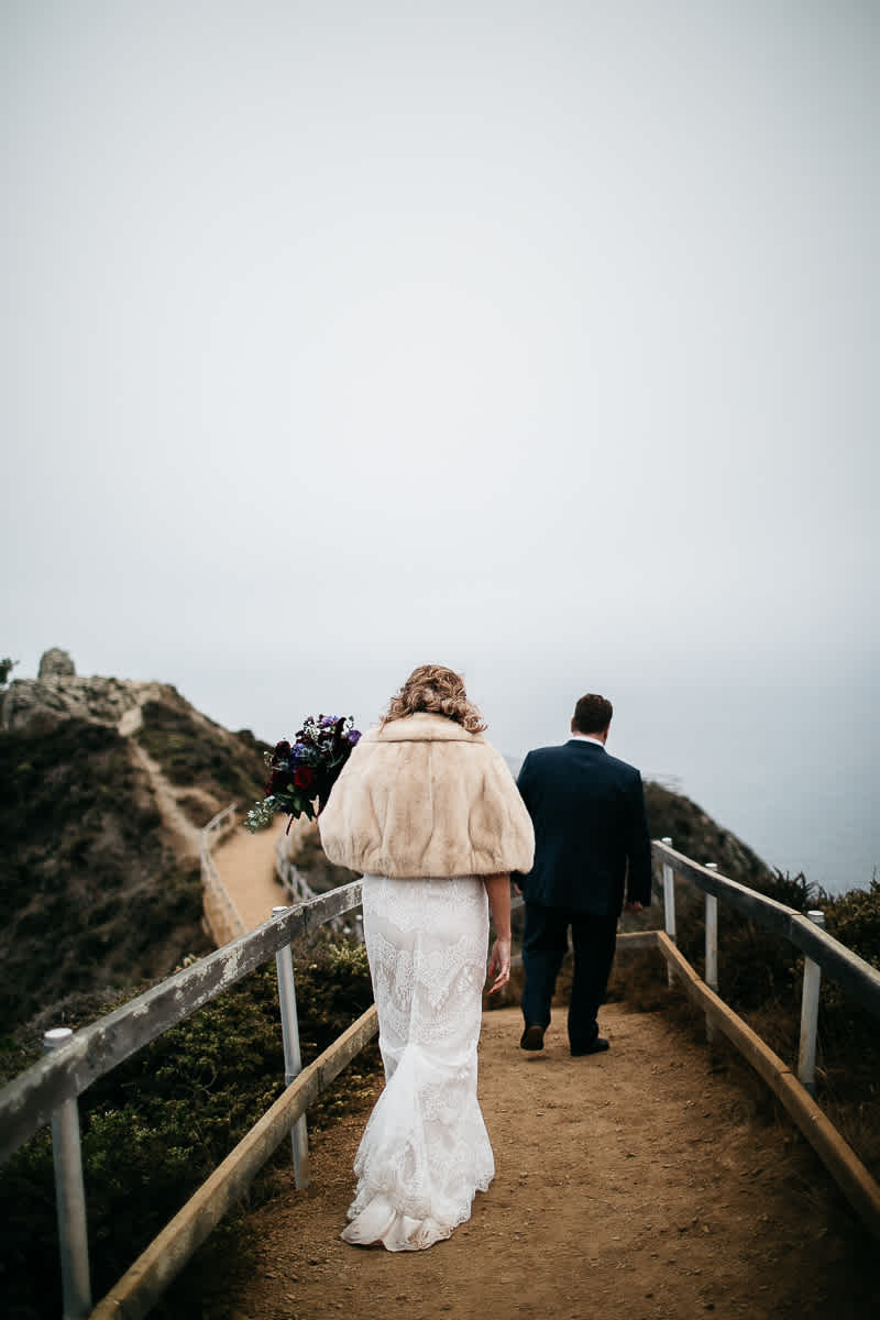 muir-beach-pelican-inn-foggy-wedding-71