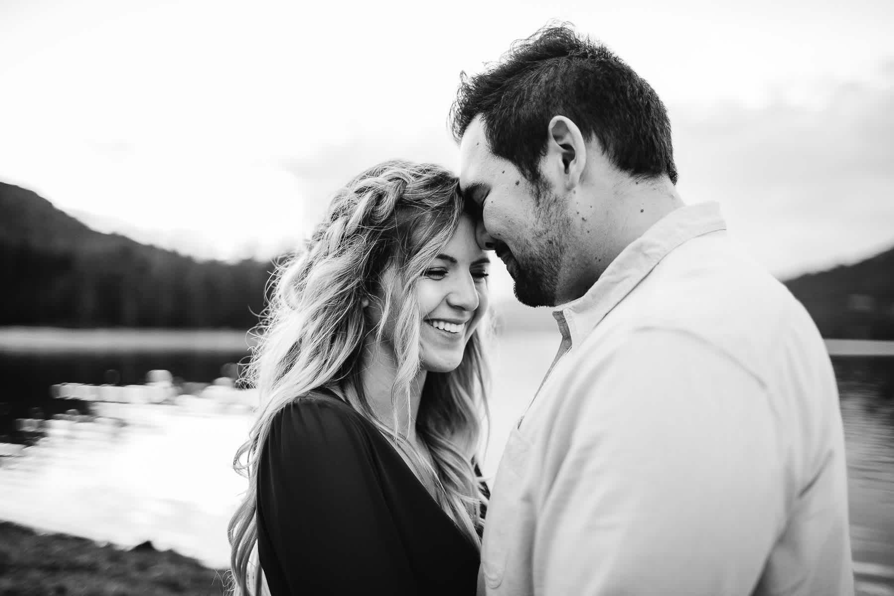donner-lake-tahoe-national-forest-fall-engagement-session-36