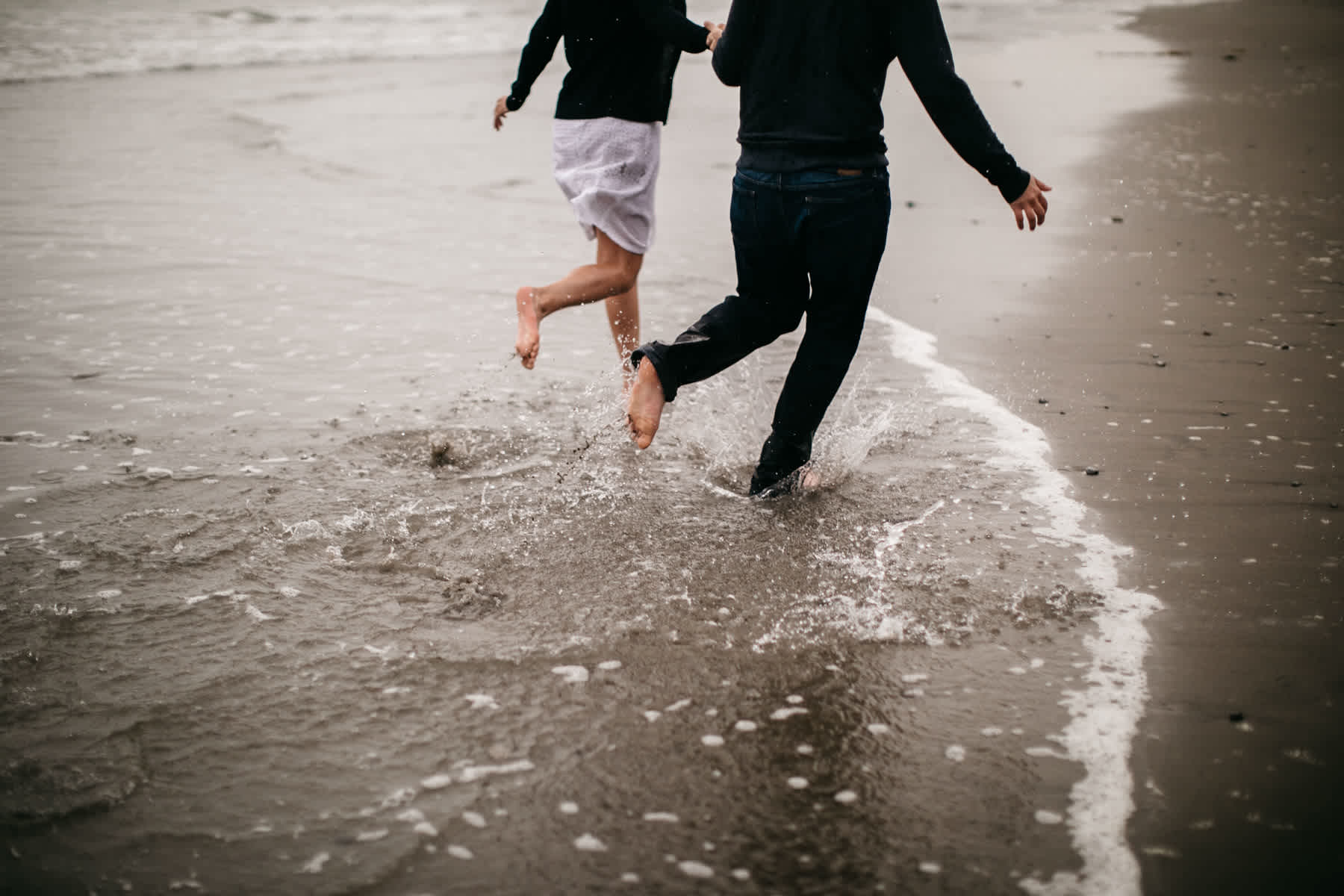 fort-funston-foggy-fun-beach-water-engagement-session-74