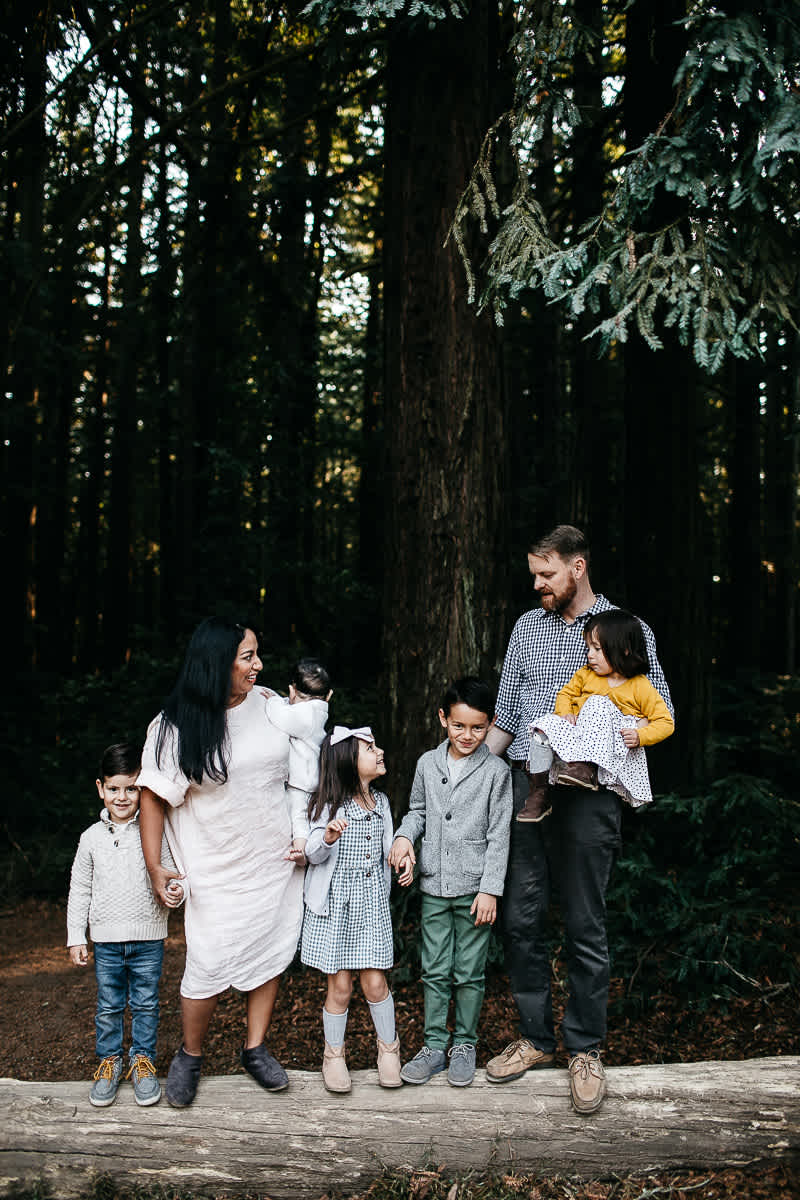 oakland-redwoods-dreamy-big-family-lifestyle-session-4