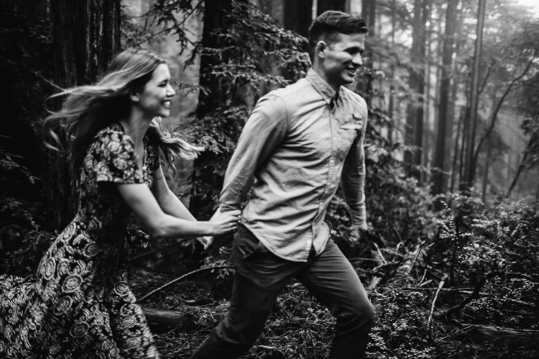 mt-tam-california-foggy-fall-engagement-hills-redwood-engagement-session-11