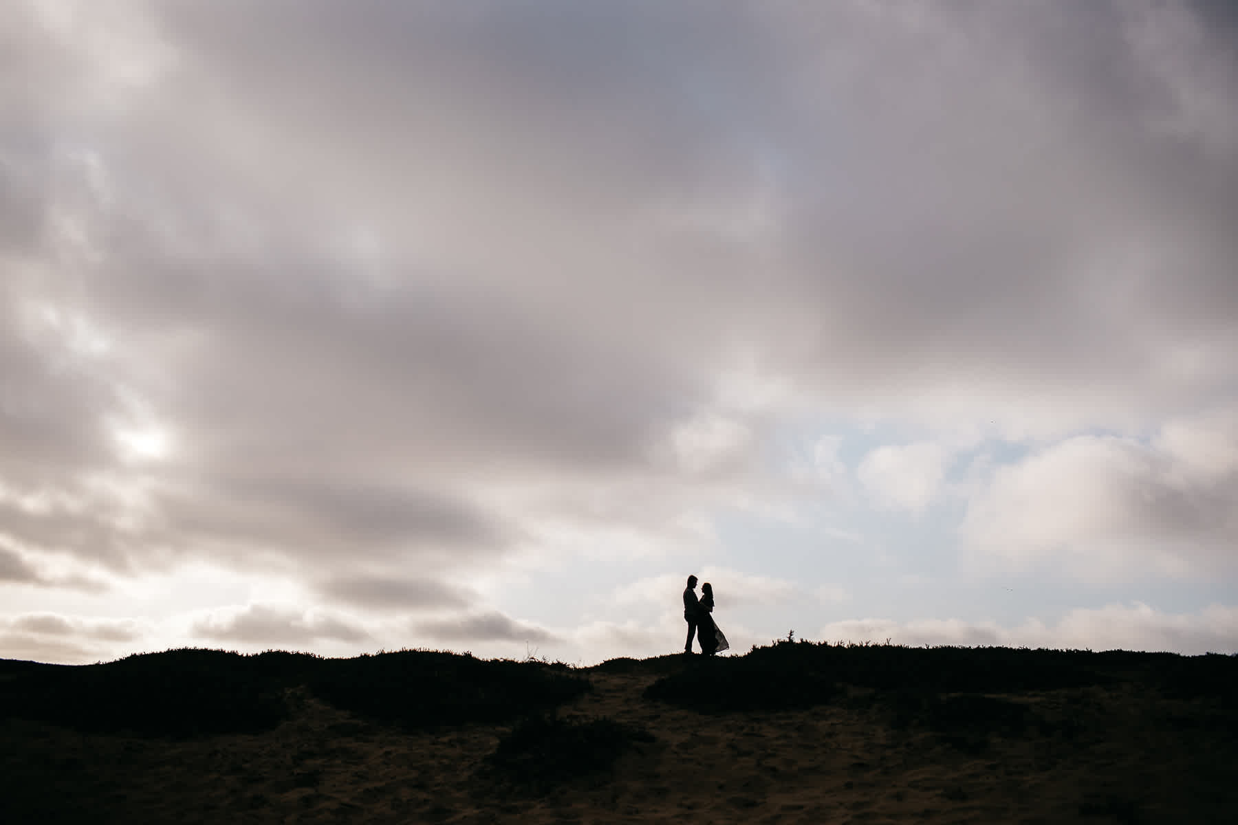 san-francisco-cloudy-outer-sunset-couple-session-14