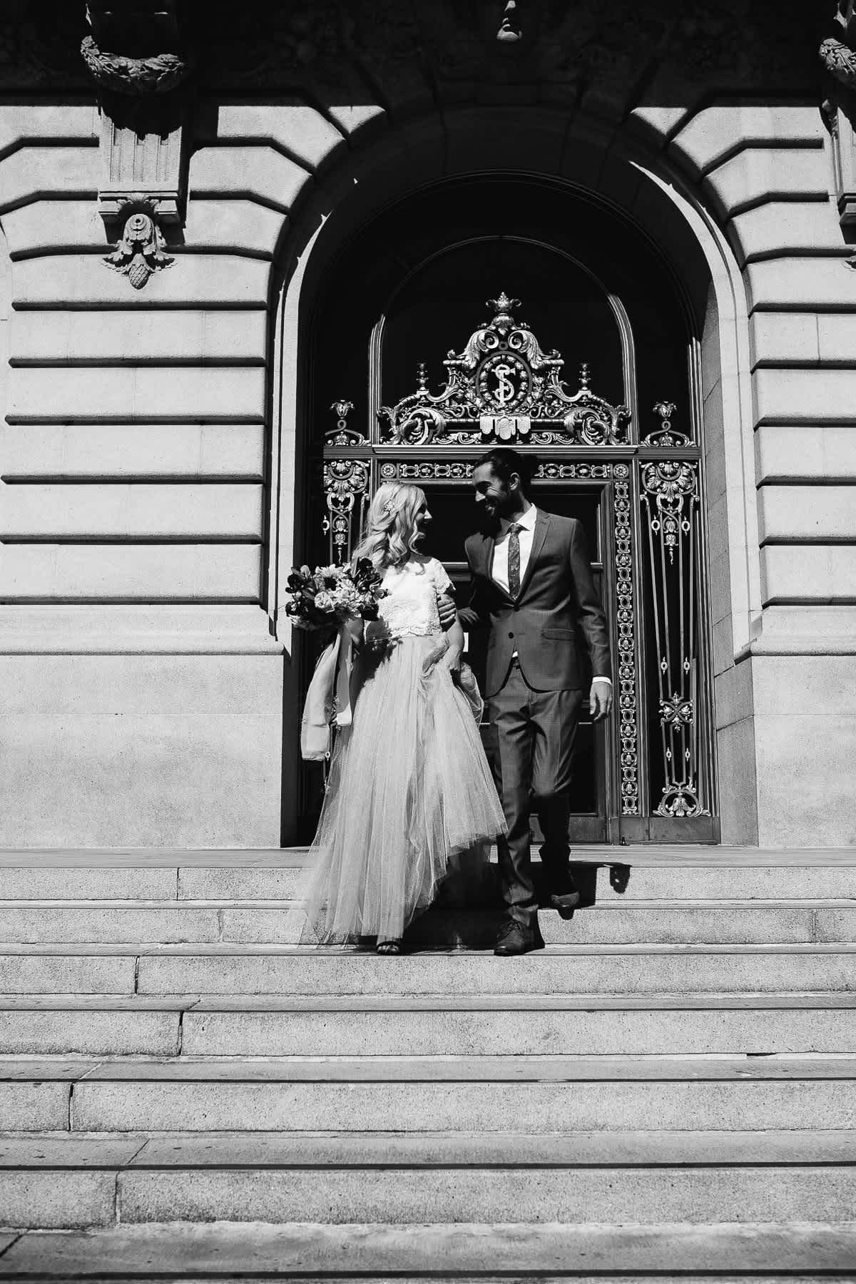 SF-city-hall-blush-skirt-elopement-94