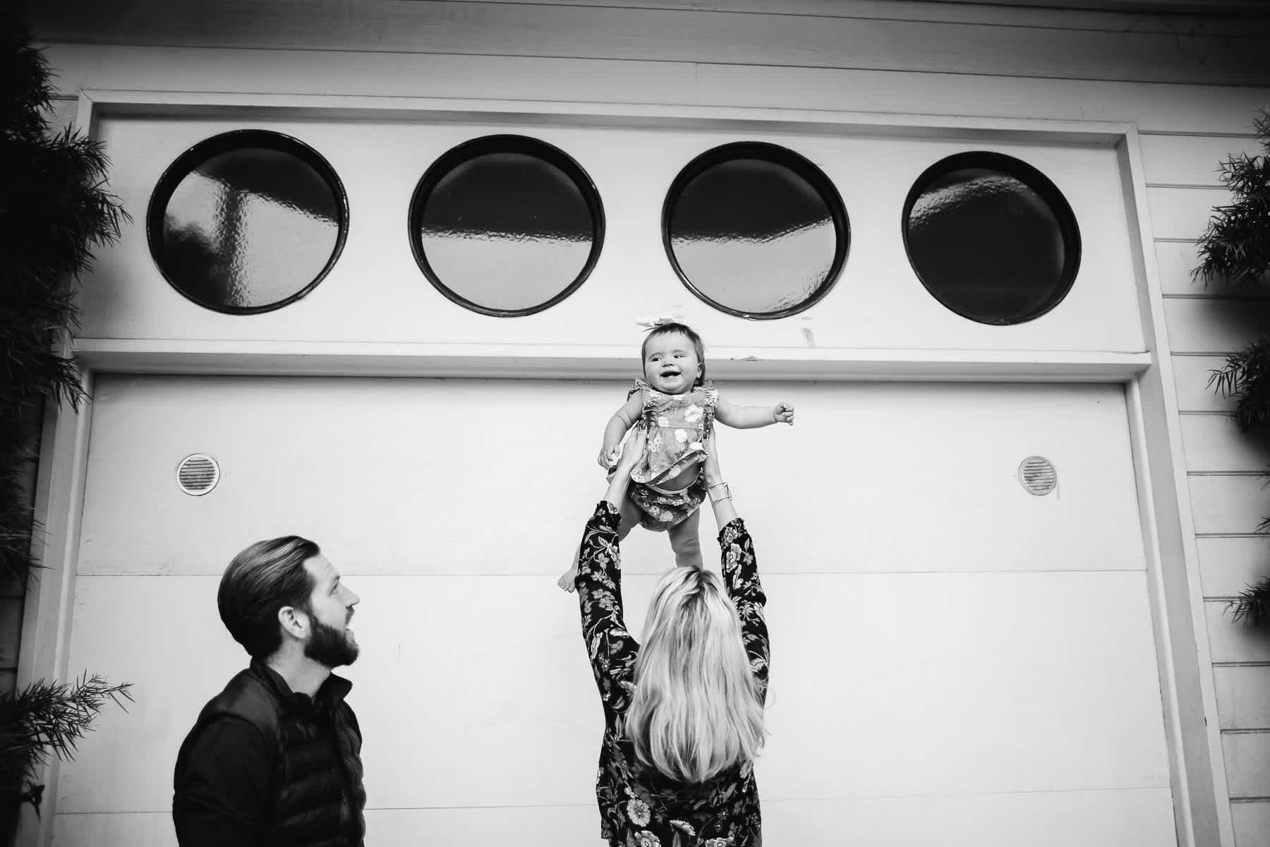 san-francisco-gloomy-spring-one-year-old-lifestyle-family-session-19