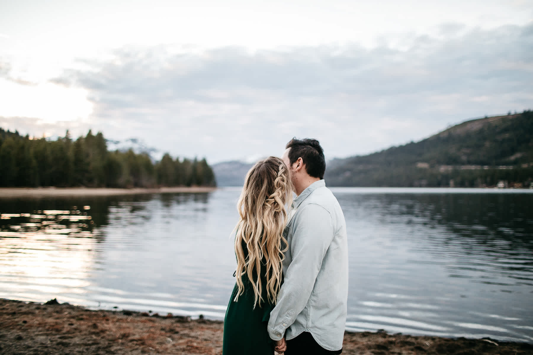 donner-lake-tahoe-national-forest-fall-engagement-session-35