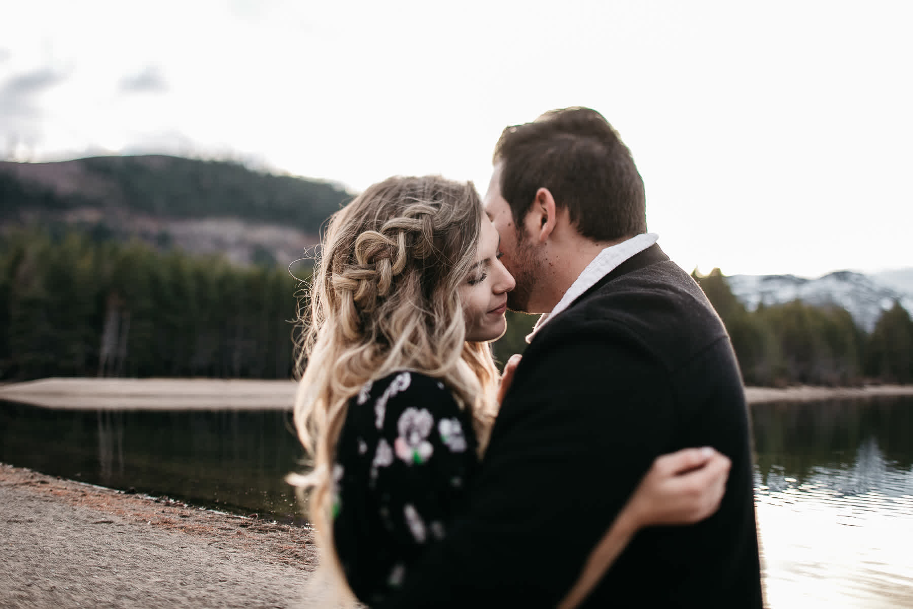 donner-lake-tahoe-national-forest-fall-engagement-session-22