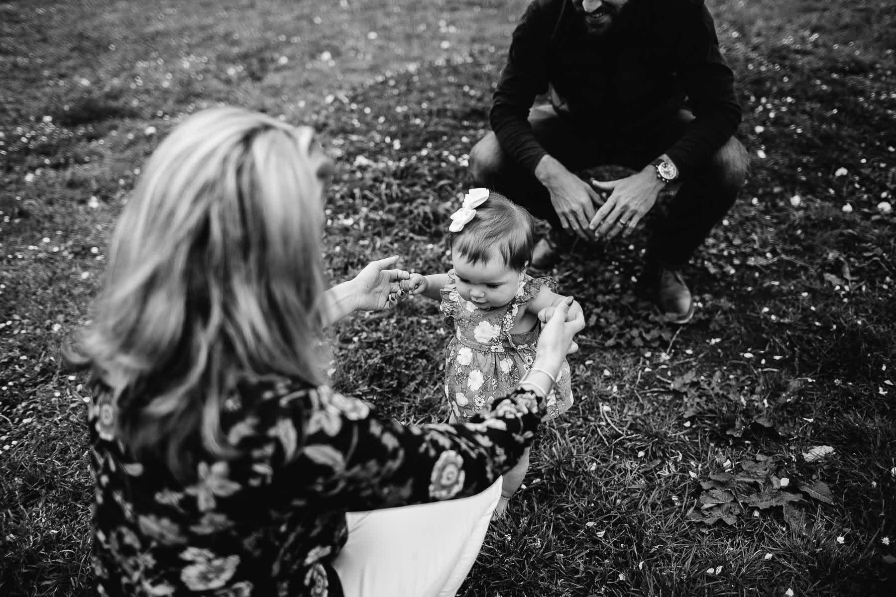 san-francisco-gloomy-spring-one-year-old-lifestyle-family-session-11