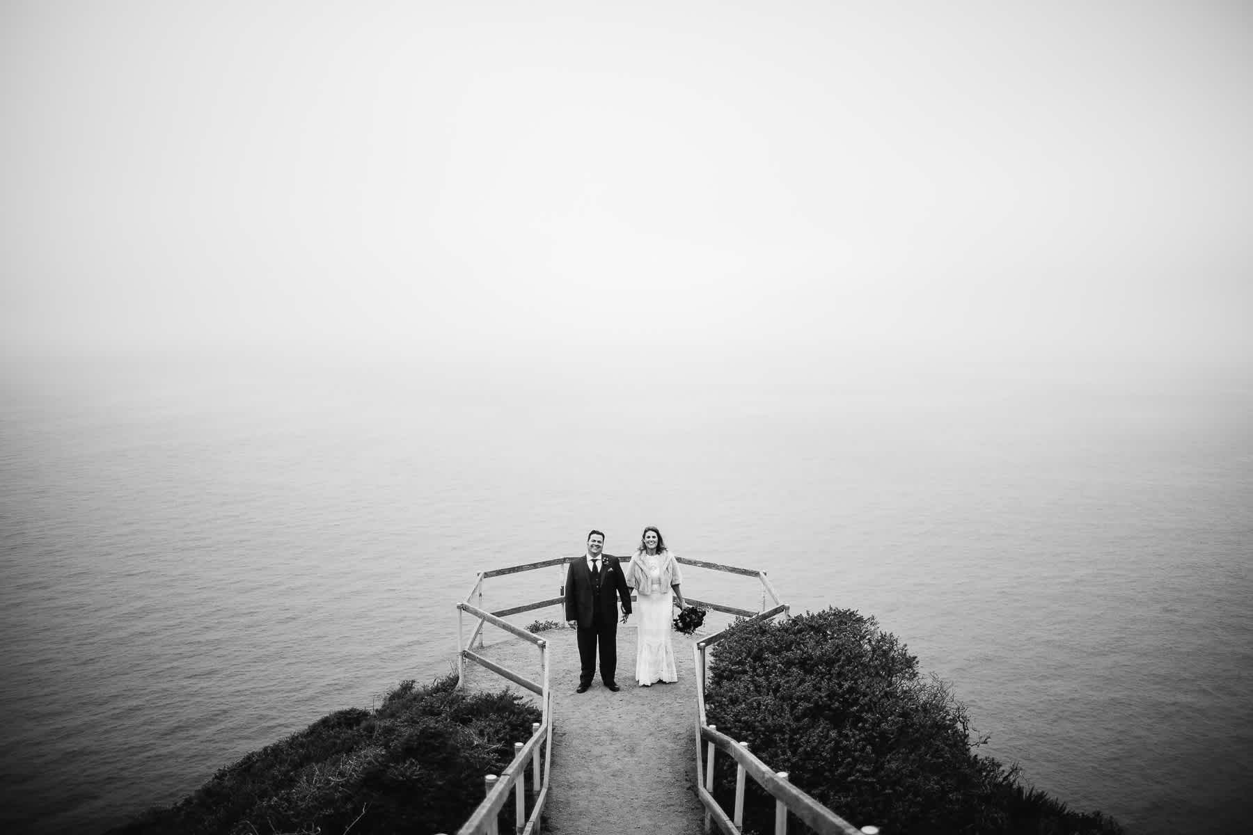 muir-beach-pelican-inn-foggy-wedding-88