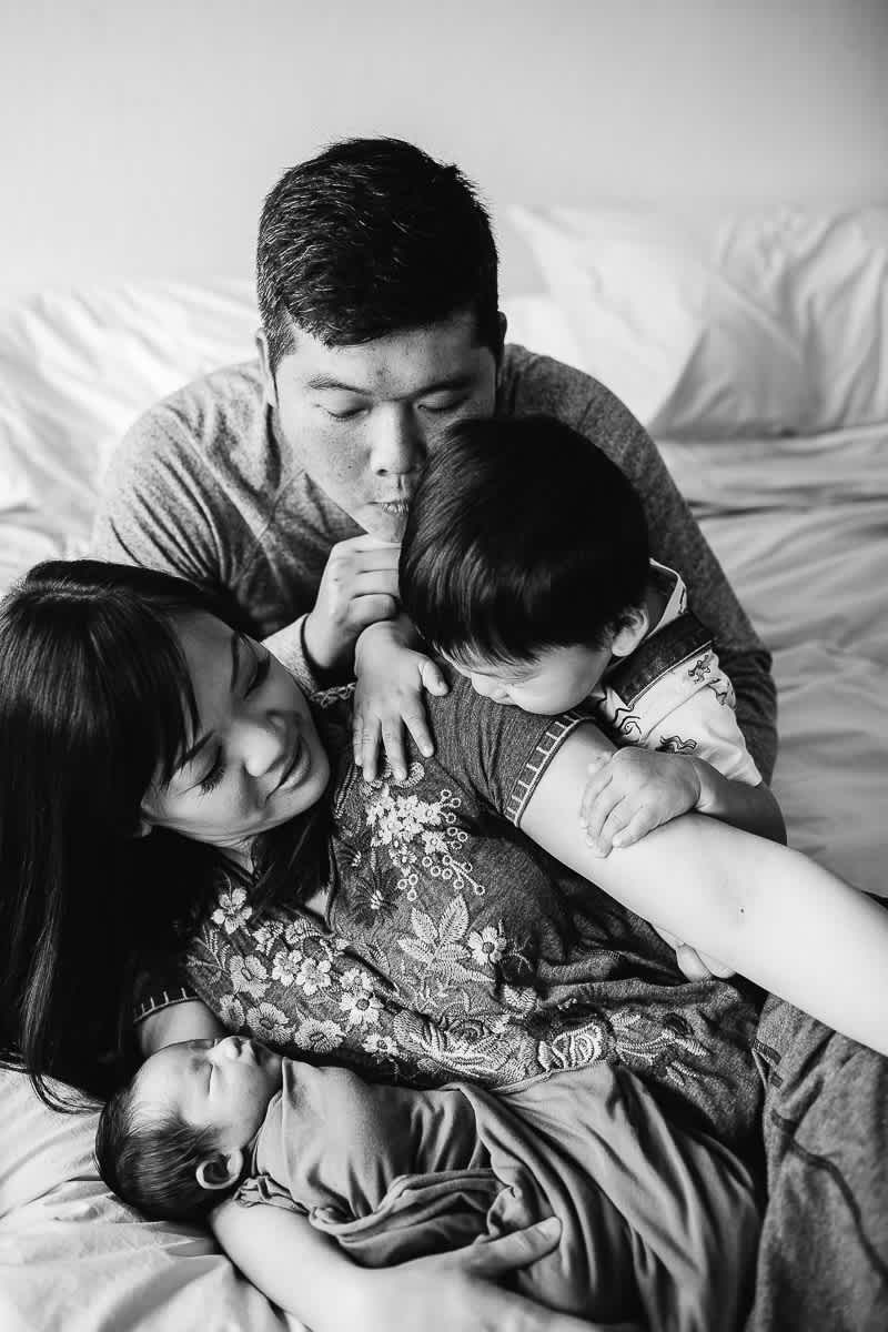 san-jose-family-lifestyle-newborn-rainy-day-shoot-10