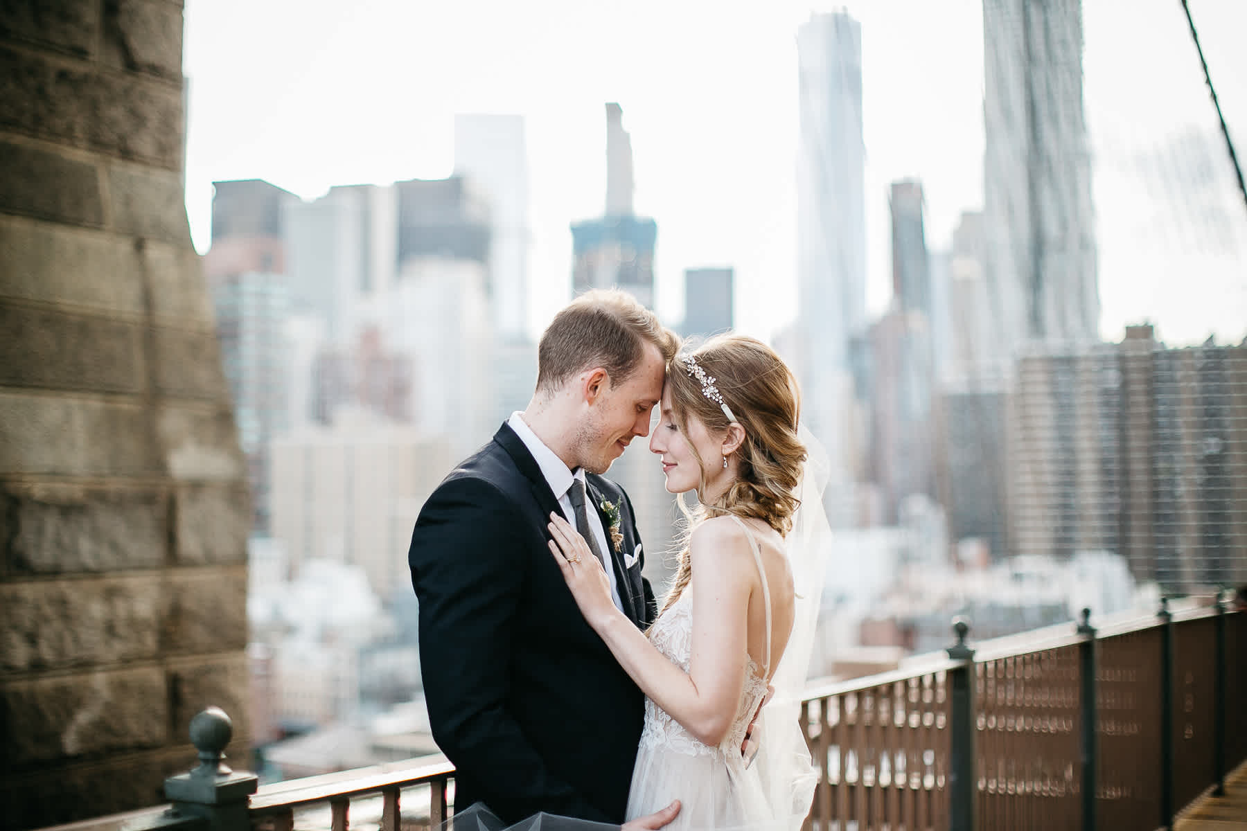 nyc-bhldn-stylized-brooklyn-bridge-elopement-47