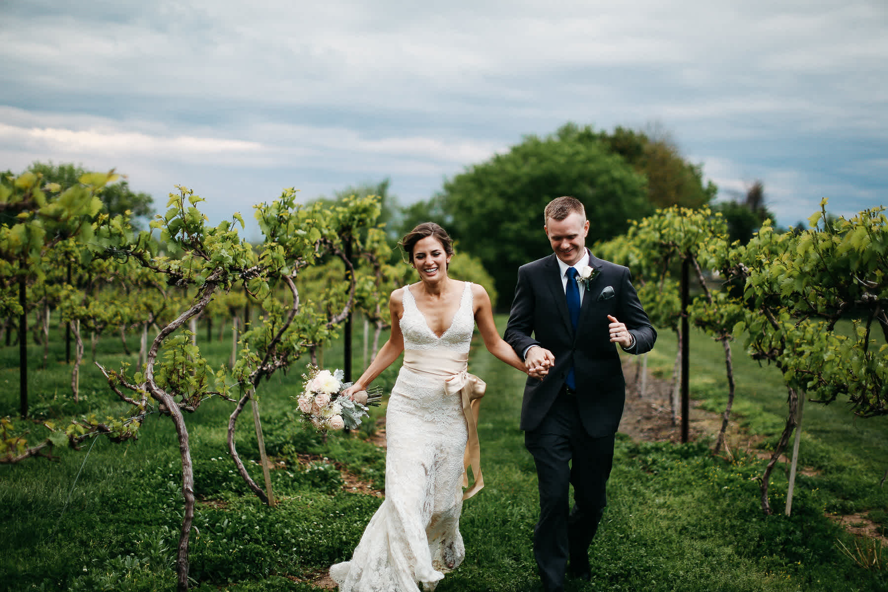 Pennsylvania-Newton-Rosebank-winery-spring-lifestyle-wedding-162