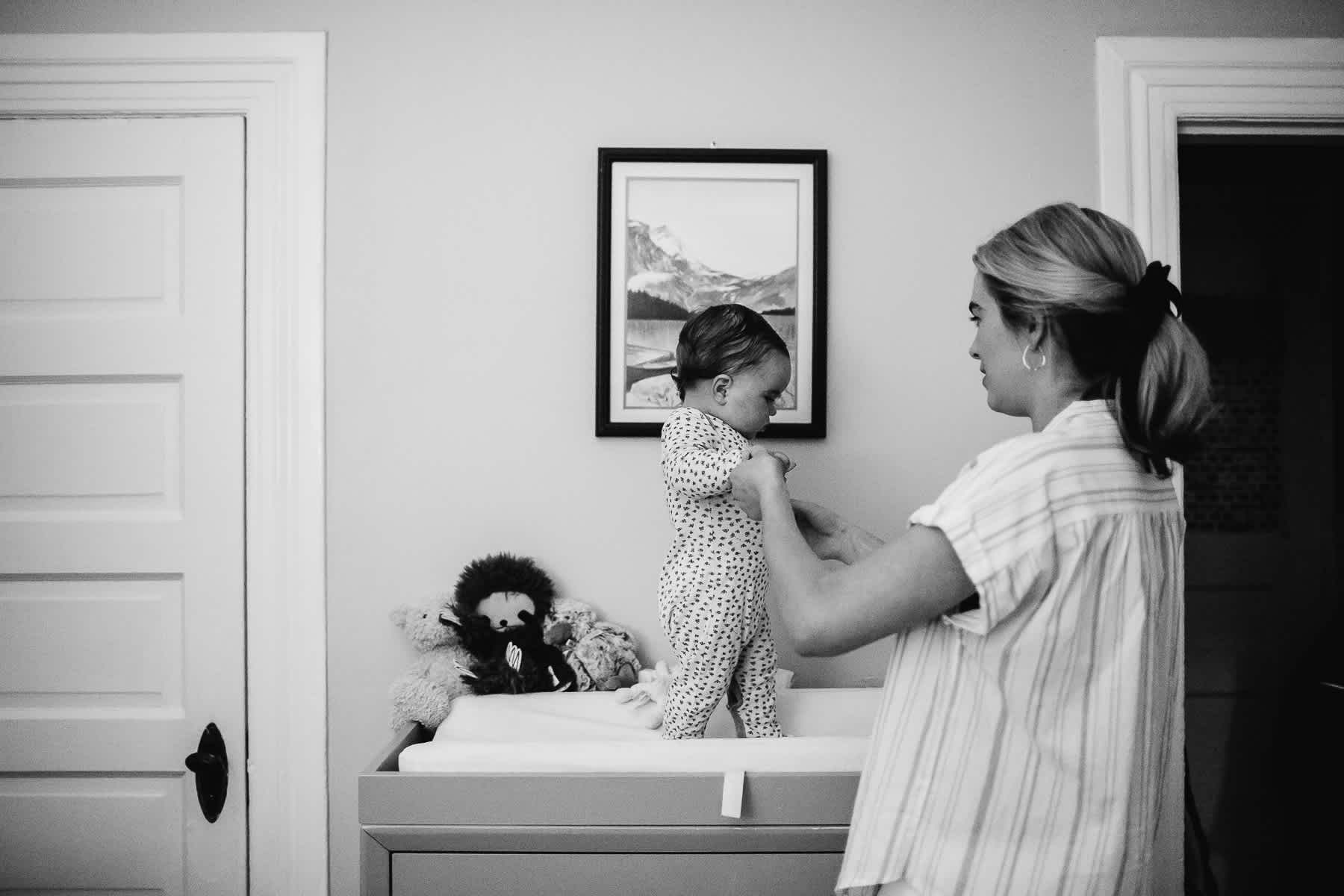 san-francisco-gloomy-spring-one-year-old-lifestyle-family-session-78