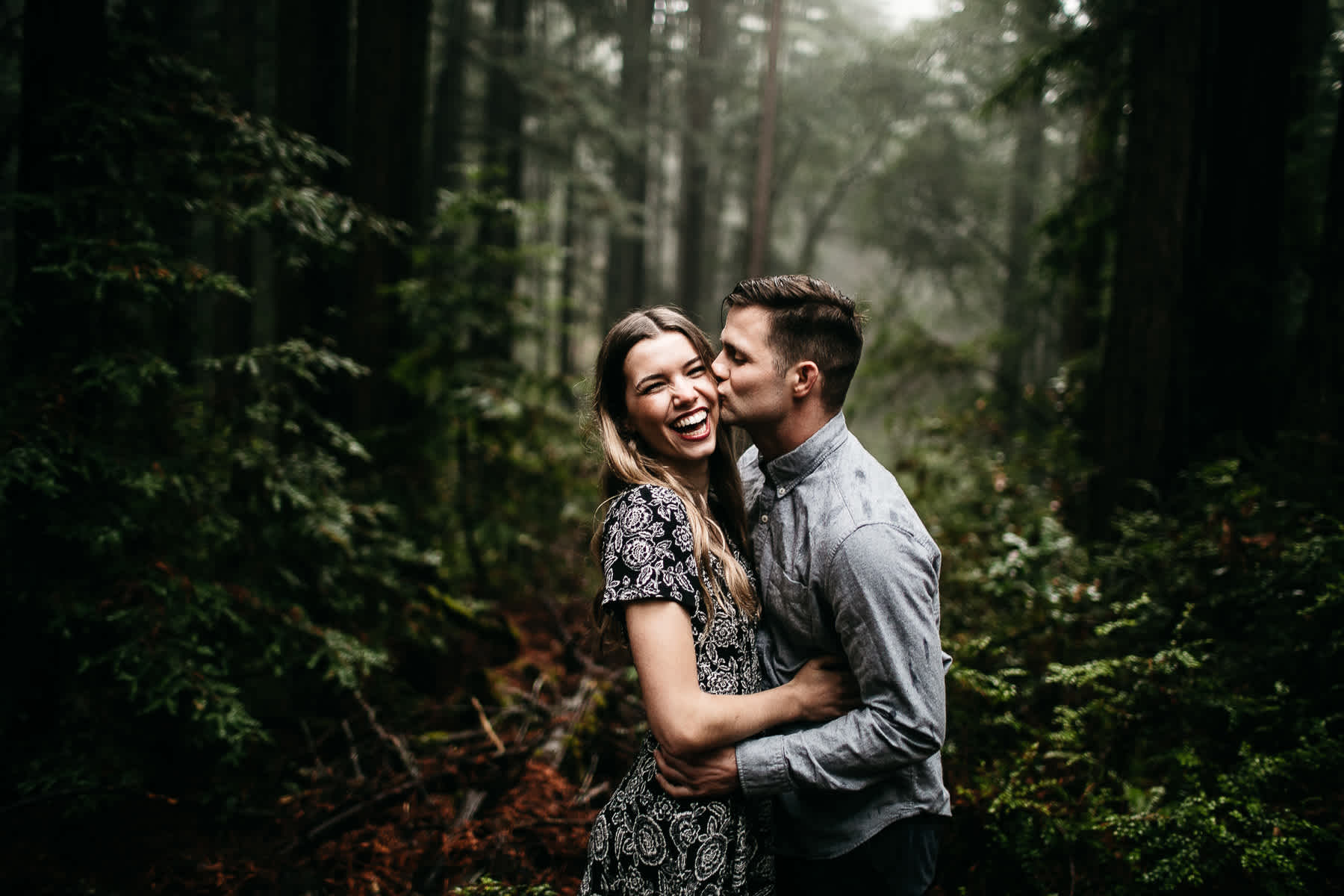mt-tam-california-foggy-fall-engagement-hills-redwood-engagement-session-10