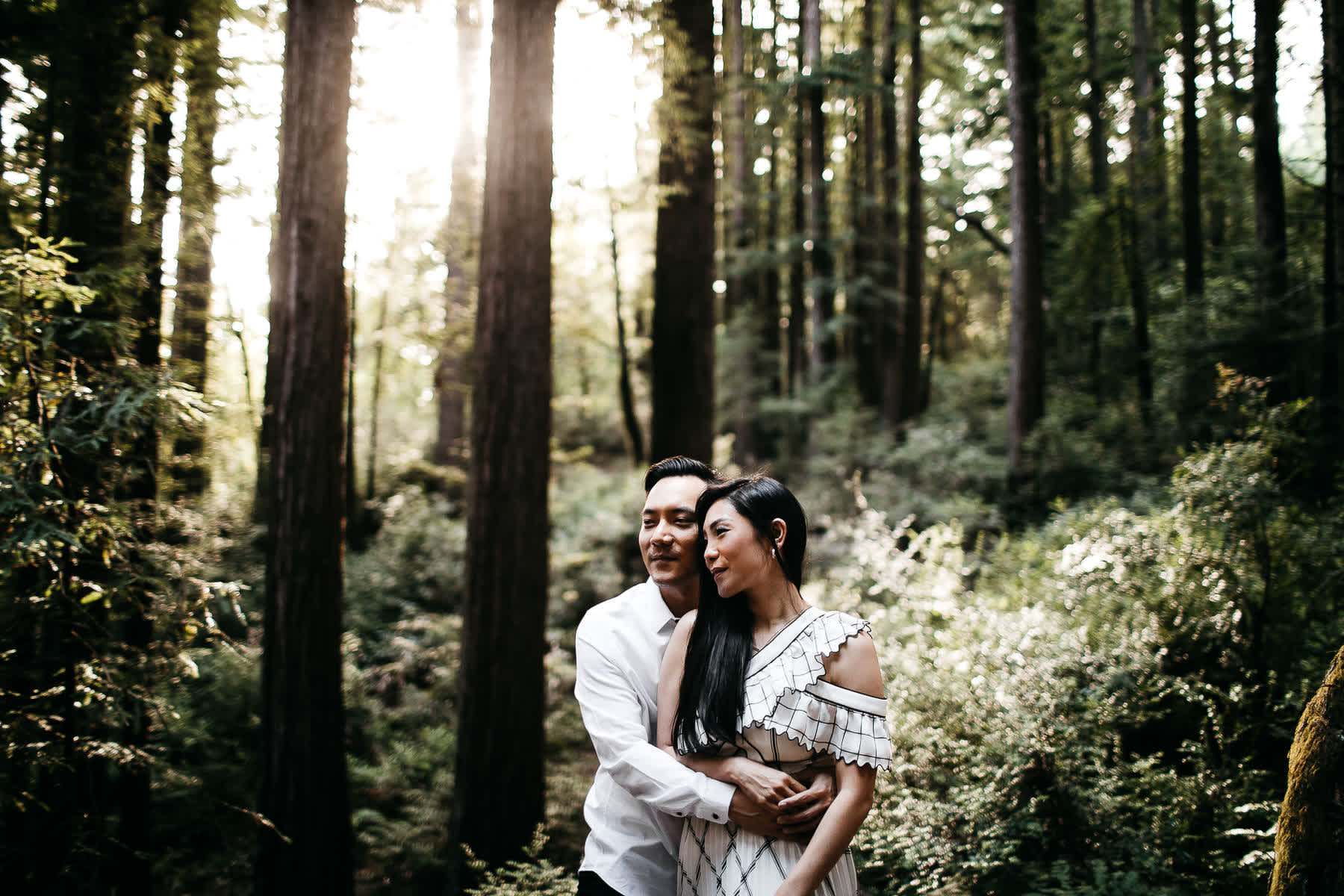 stinson-beach-muir-woods-sf-fun-quirky-engagement-session-2