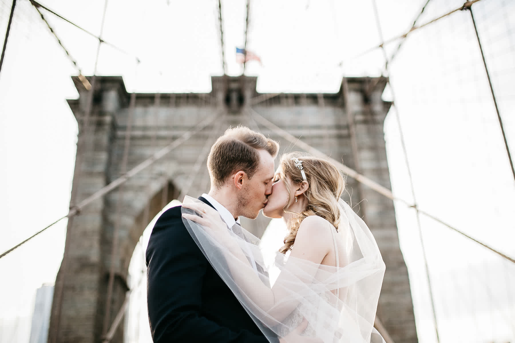 nyc-bhldn-stylized-brooklyn-bridge-elopement-59
