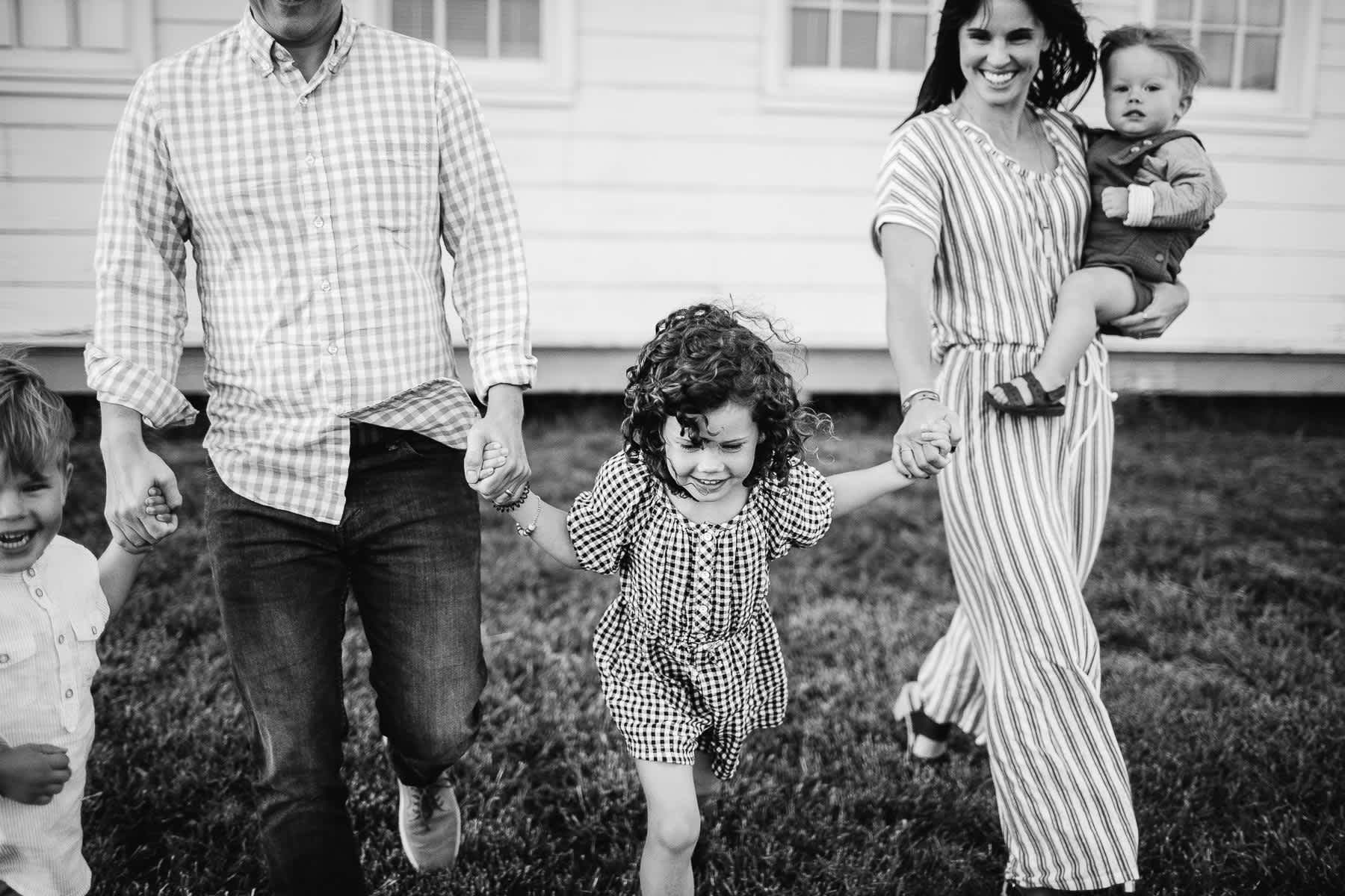 rodeo-beach-california-hills-lifestyle-family-session-56