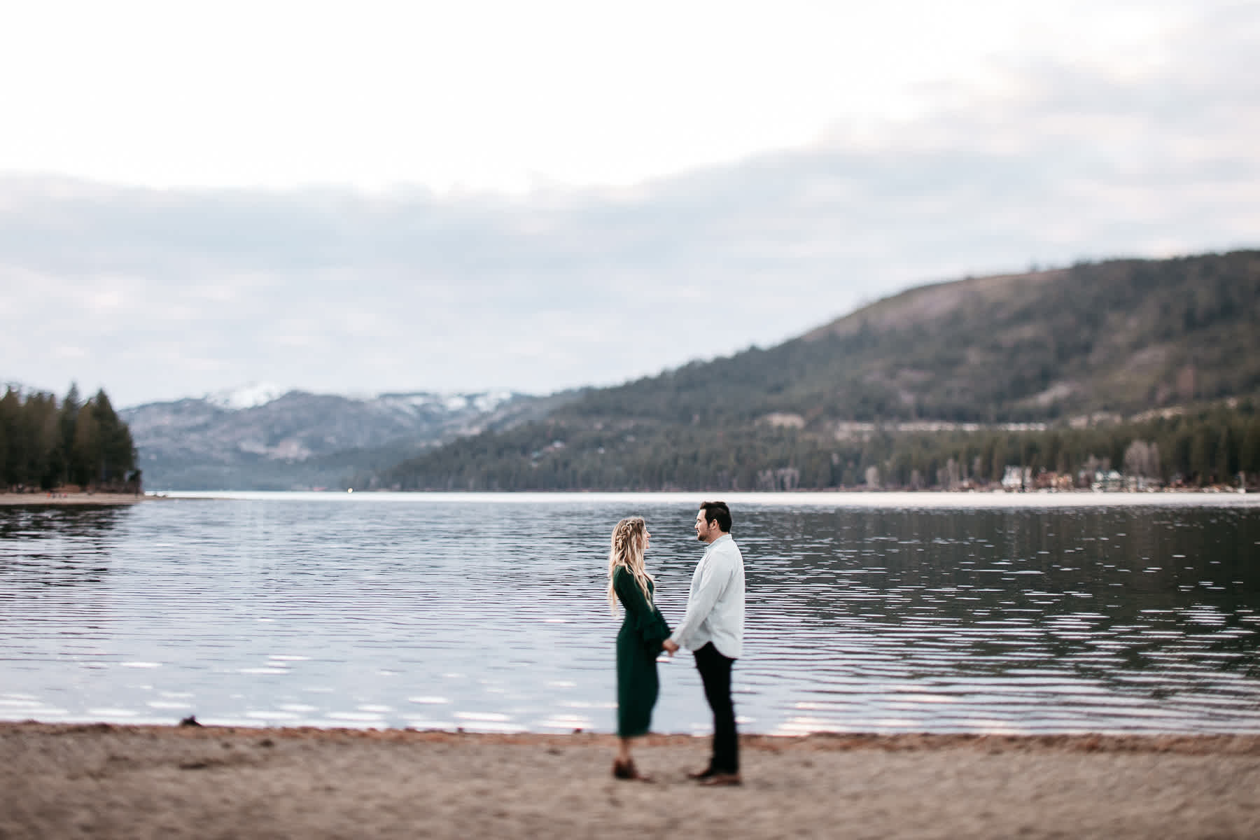 donner-lake-tahoe-national-forest-fall-engagement-session-32