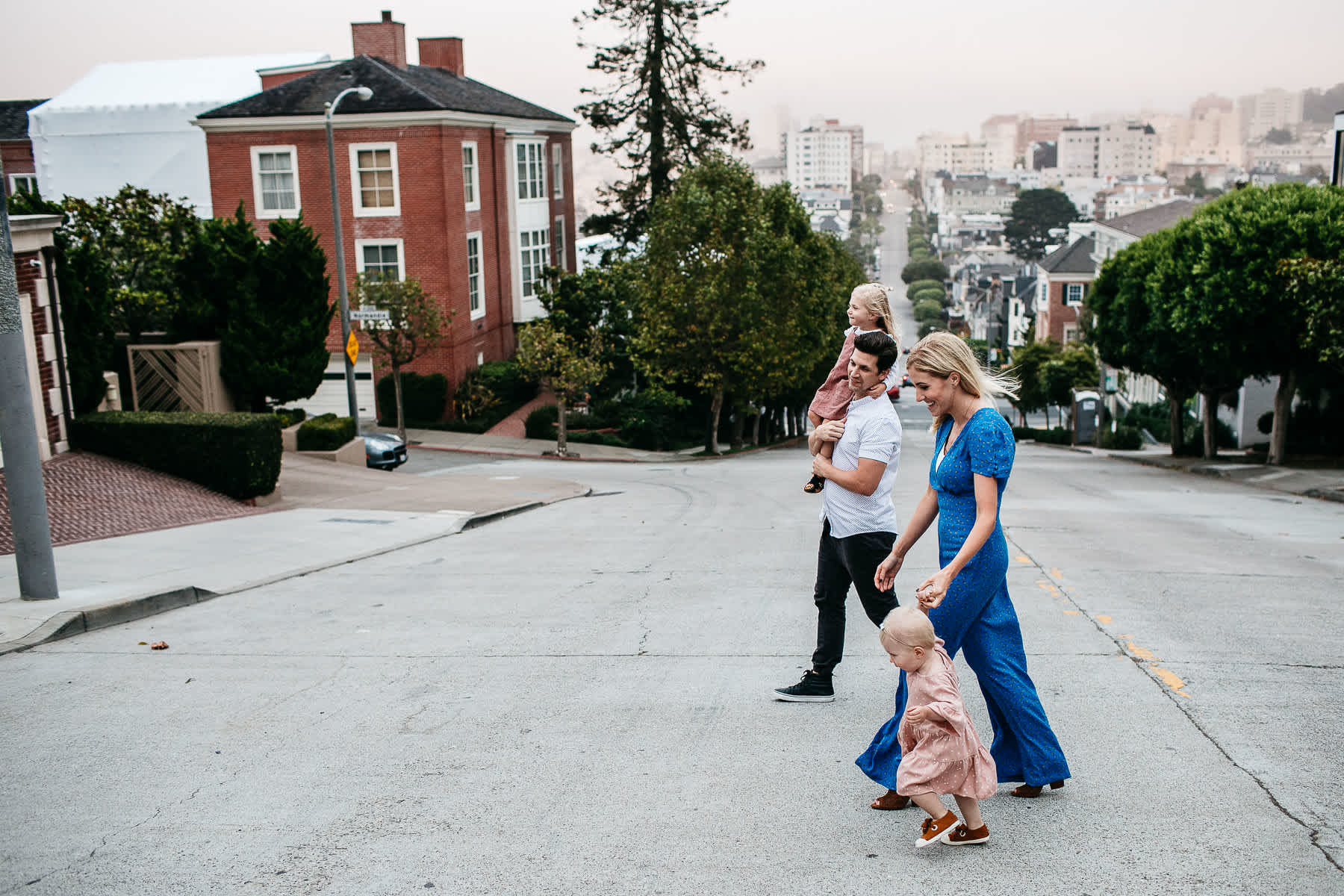san-francisco-summer-foggy-city-family-session-23