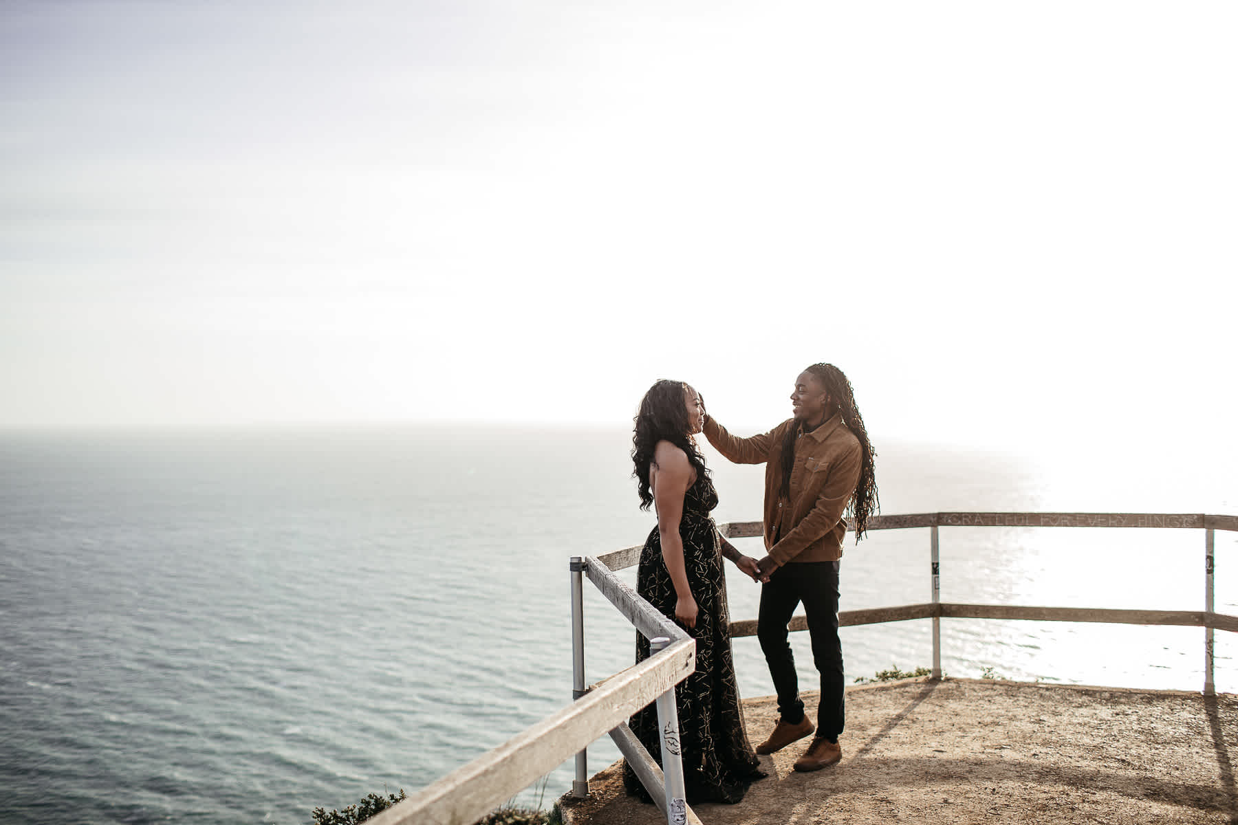muir-beach-ca-spring-lifestyle-engagement-session-12