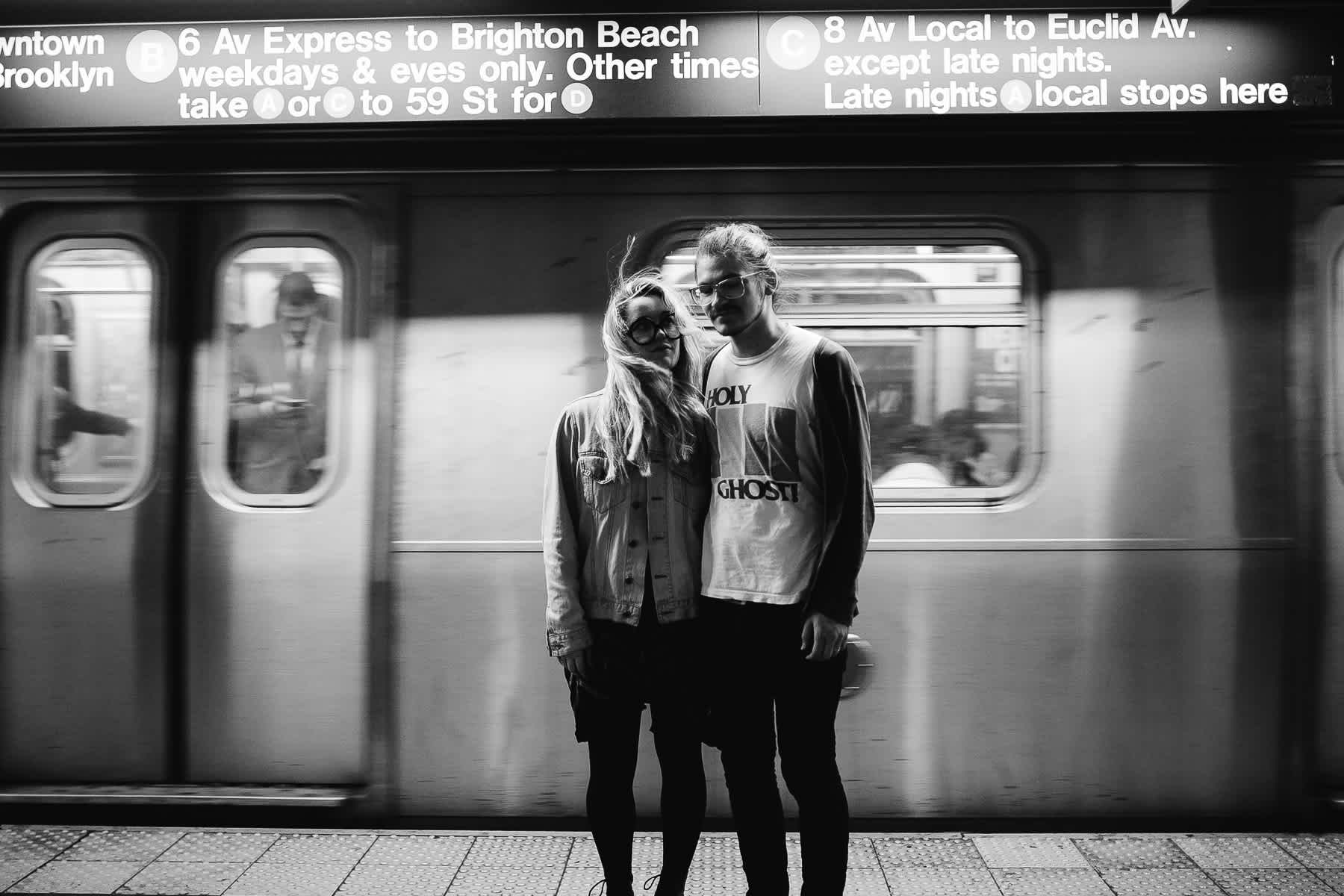 brooklyn-nyc-street-lifestyle-couple-session-2