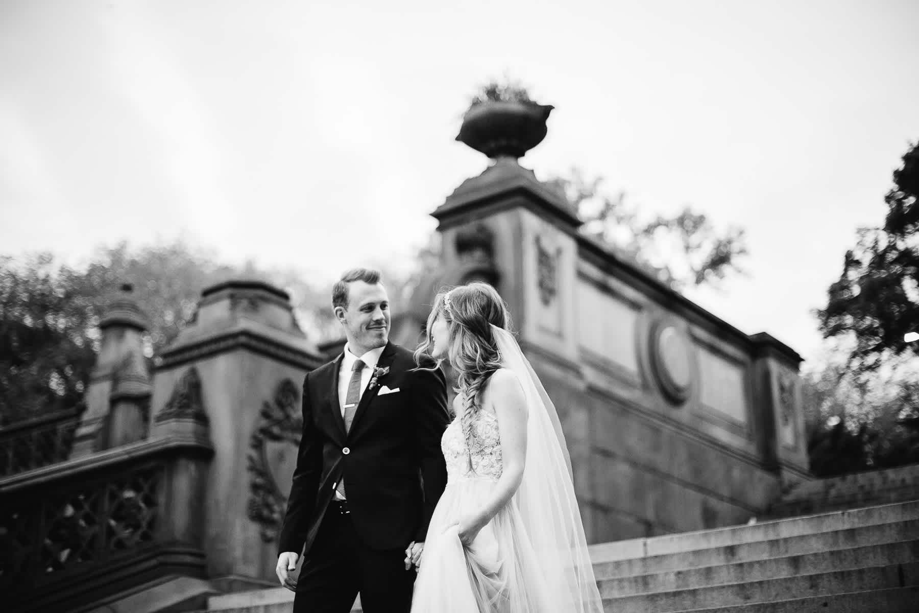 nyc-bhldn-stylized-brooklyn-bridge-elopement-73