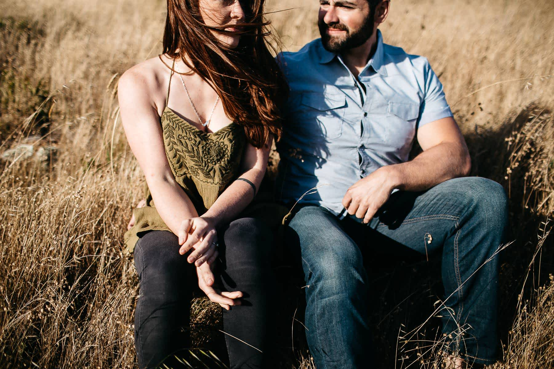 marin-headlands-rodeo-beach-lifestyle-laughter-engagement-session-12