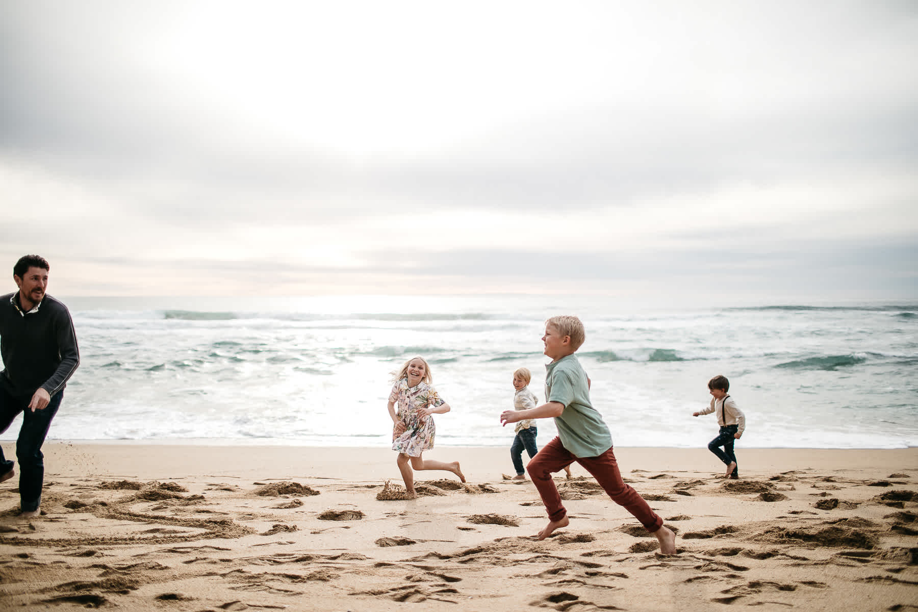 half-moon-bay-ca-sunset-family-lifestyle-session-golden-light-3