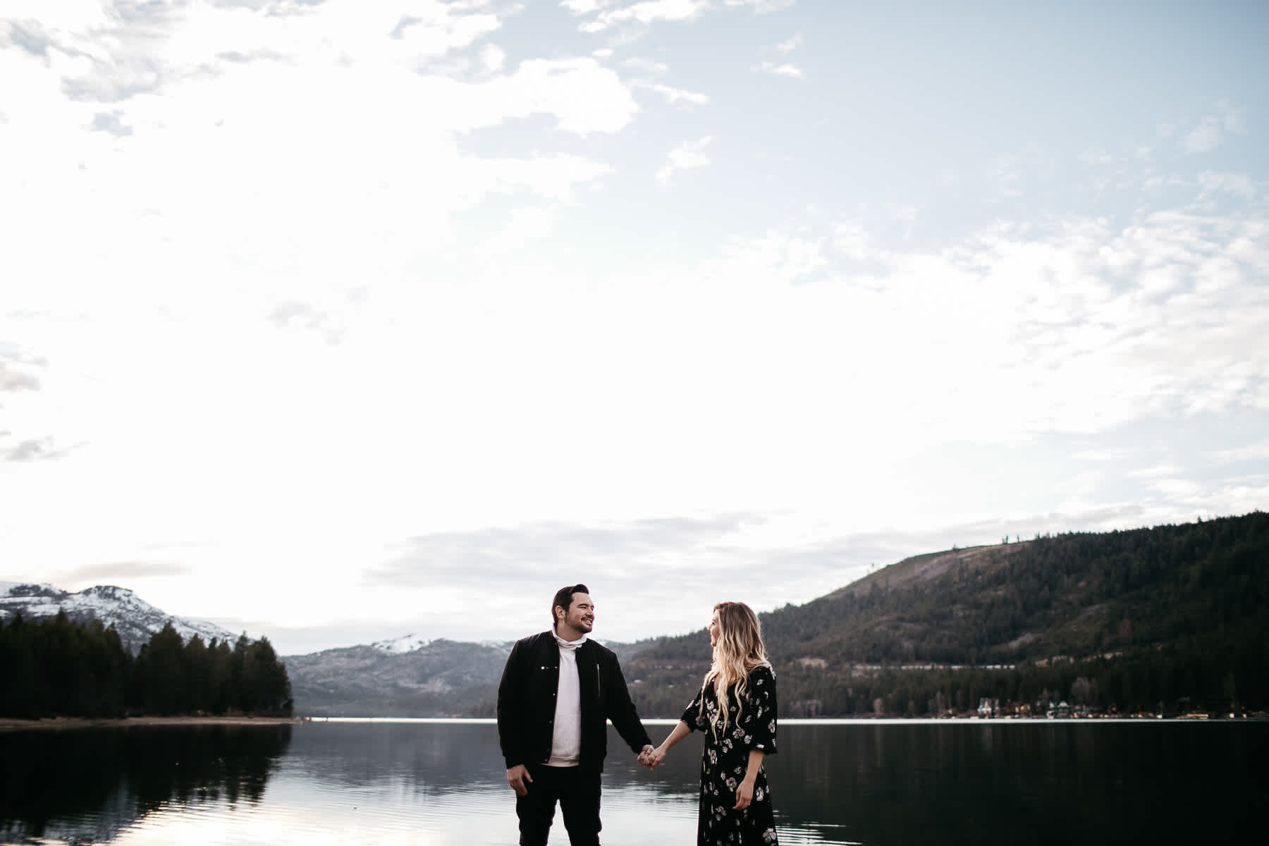 donner-lake-tahoe-national-forest-fall-engagement-session-18