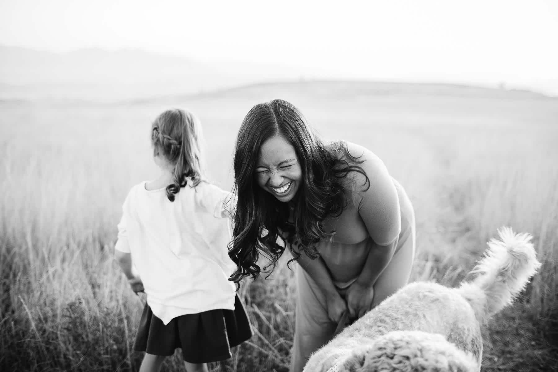 salt-lake-city-family-lifestyle-phtpographer-golden-field-35