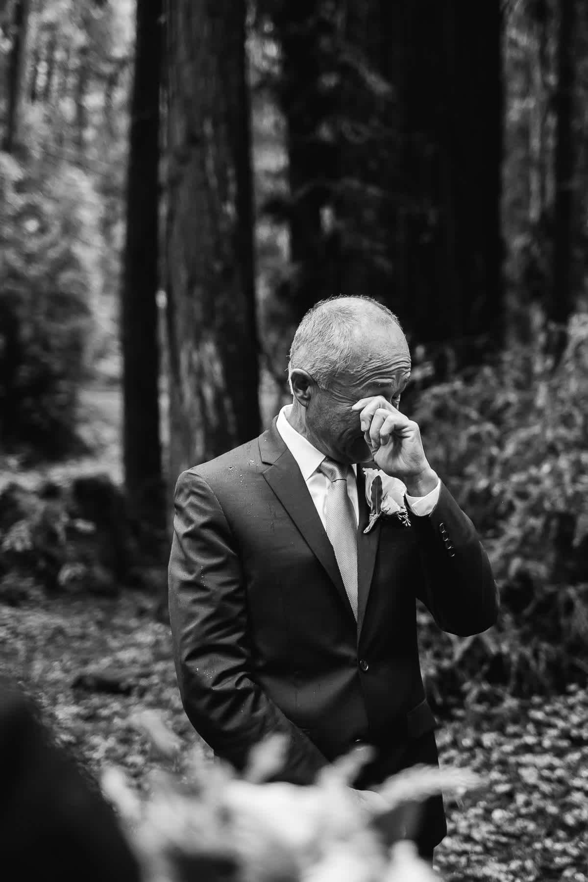 santa-cruz-redwoods-henry-cowell-rainy-elopement-photographer-8